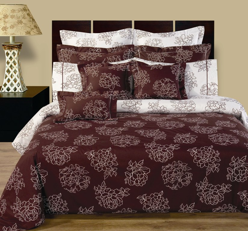 """Cloverdale Reversible Multi-Piece Bedding Set.  Experience the luxurious soft 100% Egyptian cotton Cloverdale Bedding made with 400 Thread count per squire inch. Luxury and Fashion were combined in this 12 pieces Two-Look bedding set. The soft touch and ware of Egyptian cotton fabric was printed with updated flowery/contemporary type of look. This is a Two-Look kind of Set, the front has one print and the back has another print. The duvet cover and all Shams are made with two prints. Making or changing the look of you bed room would take no more than few second, just turn the duvet cover and pillow shams up side down and you have totally new look for your bed.The back round color of the front is deep wine printed on with white color, the back color in white back round with deep wine prints. This Luxury bed in a bag ensemble includes: One duvet cover reversible, two pillow shams reversible, two Euro shams reversible, one Fitted sheet with 16"""" pockets, two pillow cases, two decorative pillows shams 16x16"""", one decorative breakfast shams 10x16"""""""