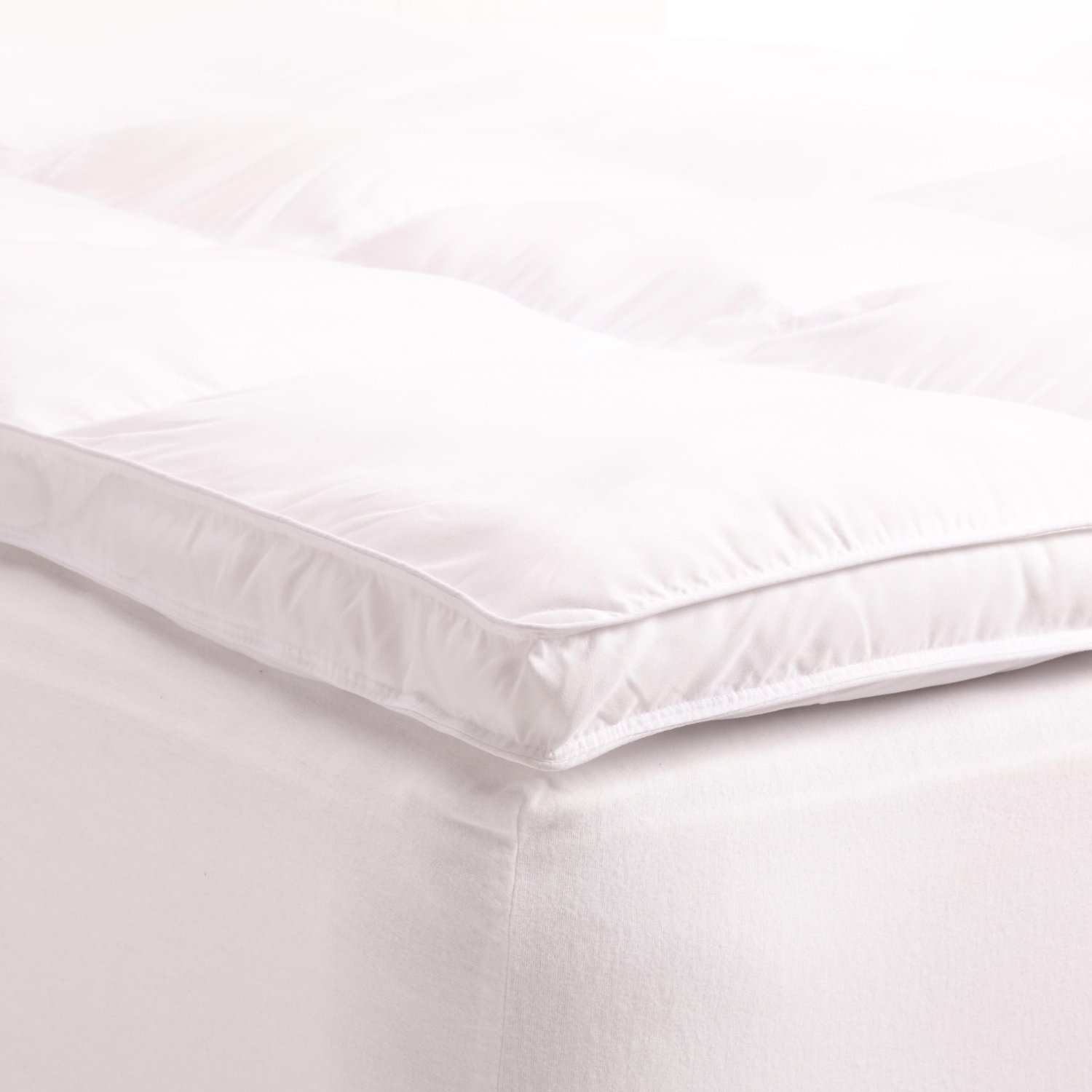 Treat yourself to this Queen size Down Alternative Mattress Topper with two inches of fluffy fill, this thick bed covering provides comfortable support and an extra layer of softness for a soothing night's sleep. Whether it's summer or winter, this mattress pad makes the perfect addition to your bed collection!!! Down Alternative bedding provides allergy relief for those with allergies to down; Care instructions: machine washable, follow instructions on packaging for best results.
