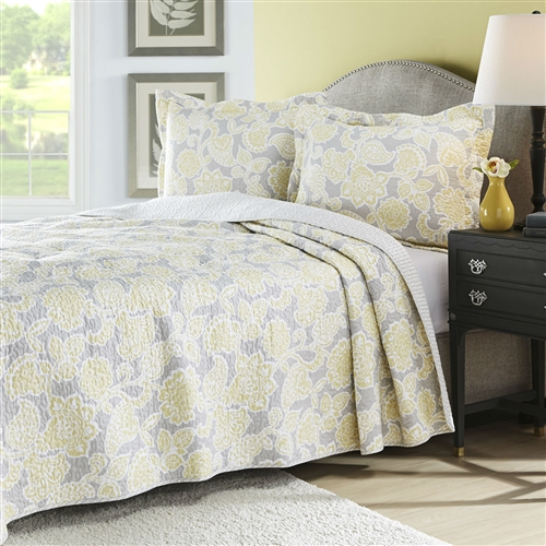 Full / Queen Yellow Gray Floral Cotton Reversible Quilt Set includes quilt and 2 shams with full / queen size. Quilt is fully reversible, create two entirely different looks. Use on your bed as an additional layer or alone as a bed covering. Pattern: Nature/Floral; Thread Count: 150; Reversible: Yes; Textured: No