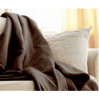 Get cozy and stay warm in the deluxe softness of microplush with this Walnut Brown Cuddle Microplush Heated Electric Warming Throw Blanket. The Thermofine warming system senses and adjusts to deliver consistent warmth for hours. The controller comes with three Heat Settings and 3-hour Auto Off. Exclusive wiring system senses and adjusts throughout the throw for the highest peace of mind. It automatically responds to body, bed or room temperature changes; The controller is easy to grip, includes 3 warming settings and 3-hour auto-off for convenience; America's #1 Heated Throw Blanket; !Includes Manufacturer's Warranty.