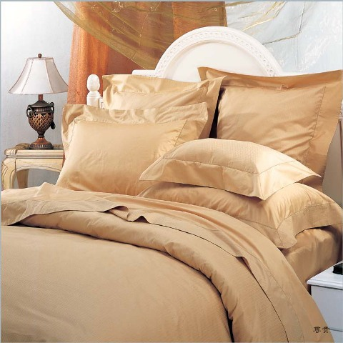 Superior Egyptian Cotton Percale 3PC Duvet Covers. Percale stands for the weaving process in which the fabric is woven by. In percale the yarns are woven in one over one, unlike Sateen where it's four over one. The one over one (percale) weave create a much even, stronger, denser & softer fabric, which can stand the test of time and gets better and better feel the more you wash it. It's just like your favorite old shirt, the more it's laundered the softer and durable it gets.