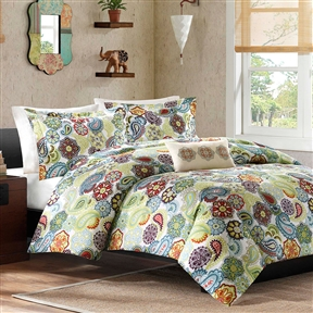 This King size Multi Color Paisley 4 Piece Bed Bag Comforter Set would be a great addition to your home. It has a poly fill and is made of 100% polyester microfiber. Organic: No; Duvet Cover Included: No; Duvet or Comforter Material: Polyester; Duvet or Comforter Fill Material: Polyester/Polyfill; Duvet or Comforter Pattern: Paisley. Shams Included (King Size): Yes; Sham Type (King Size): King; Sham Material (King Size): Polyester; Number of Shams Included (King Size): 2.