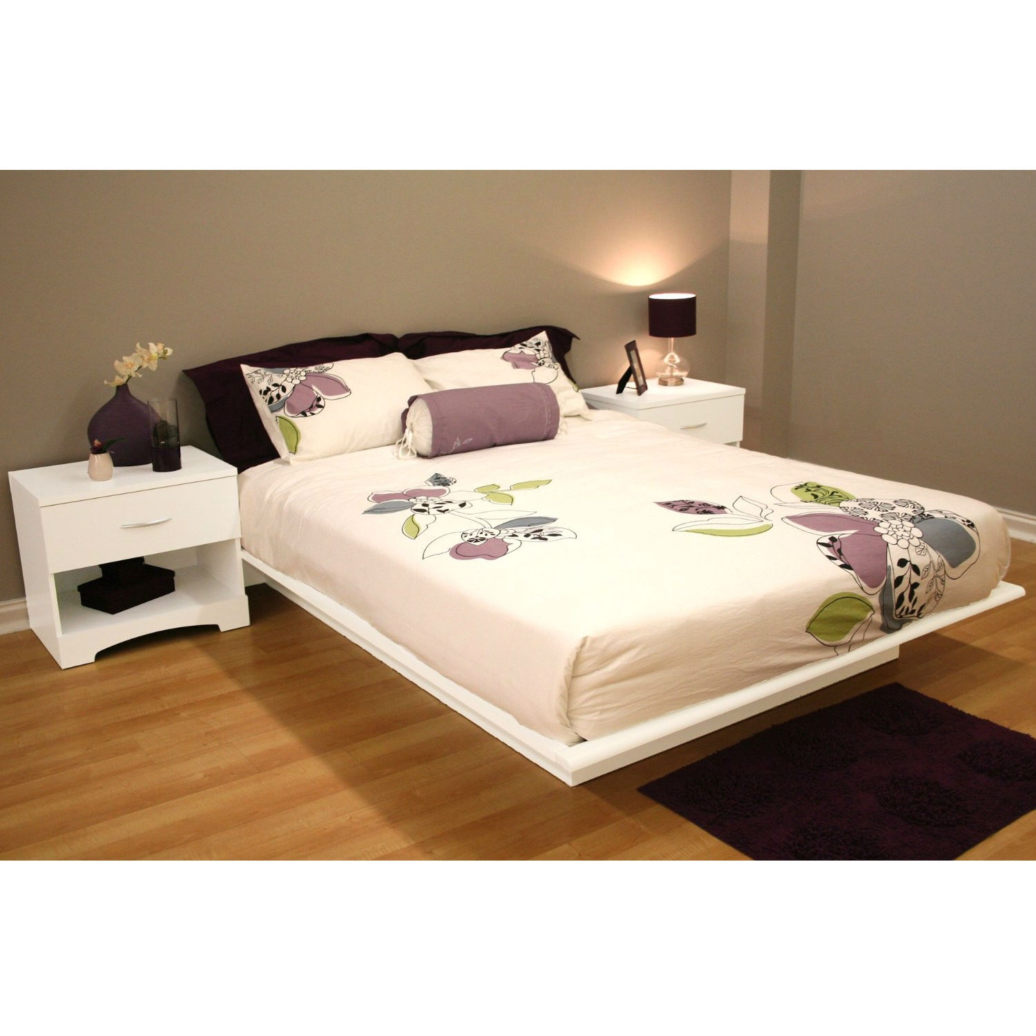 Queen size Contemporary Platform Bed Frame in White Finish, SQPBW18390 :  This Queen size Contemporary Platform Bed Frame in White Finish would be a great addition to your home. It has sleek line for a contemporary style and a white finish. Sleek lines for a contemporary style; The moldings of the platform bed have profiled edges that help the mattress to stay in place; Manufactured from eco-friendly, EPP-compliant laminated particle board carrying the Forest Stewardship Council (FSC) certification; Headboard not included; 5-year manufacturer's limited warranty; Assembly Required: Yes; Product Warranty: 5 year limited warranty. CPSIA or CPSC Compliant: Yes; CARB Compliant: Yes; Finish: Pure white; Frame Material: Particle board; ISTA 3A Certified: Yes; General Conformity Certificate: Yes. Non Toxic: Yes; Country of Manufacture: Canada; Eco-Friendly: Yes; Weight Capacity: 500lbs. Product Care: Wipe clean with dry cloth.