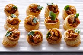Slow Cooked Indian Butter Chicken in Puff Pastry, 24 count