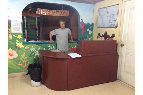 Front desk bambu hostel david panama