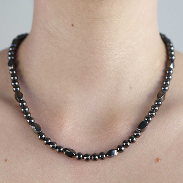 Twist - All Magnet Necklace or Choker