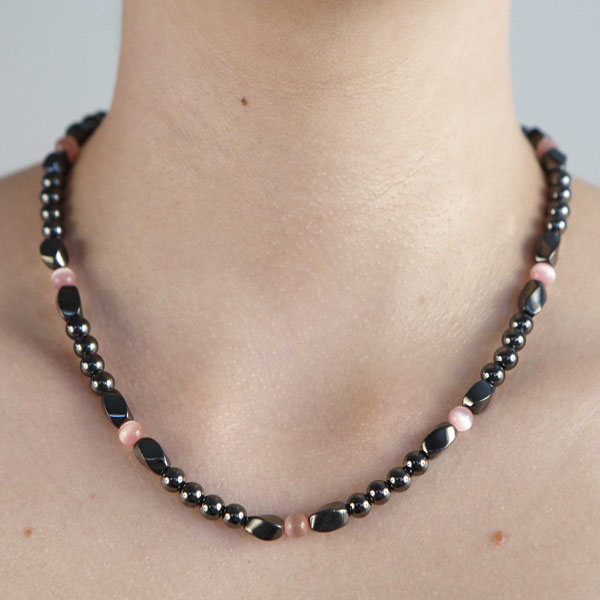 Twist - Pink Necklace or Choker