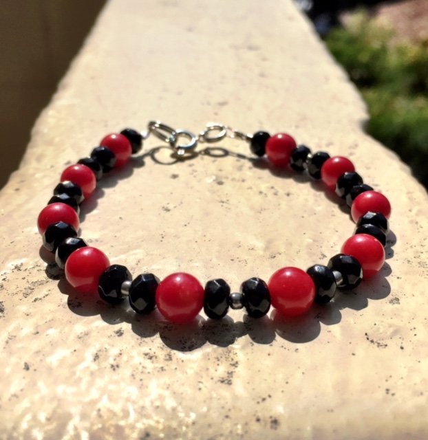 RED CORAL & ONYX BRACELET