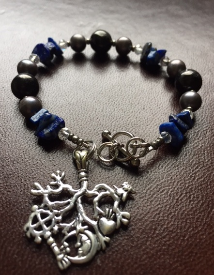 CIMARUTA BRACELET - Lapis Lazuli, Black Pearl & Jet