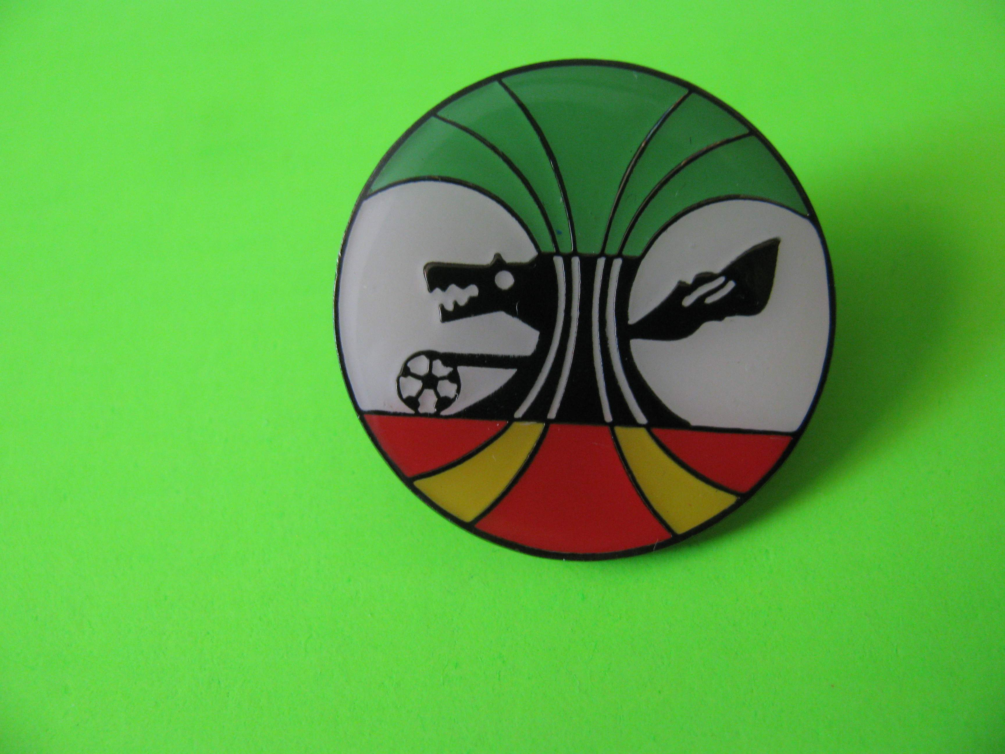 Antique Soccer Pin Wolf Playing with Soccer Ball Round Metal with Butterfly Clutch