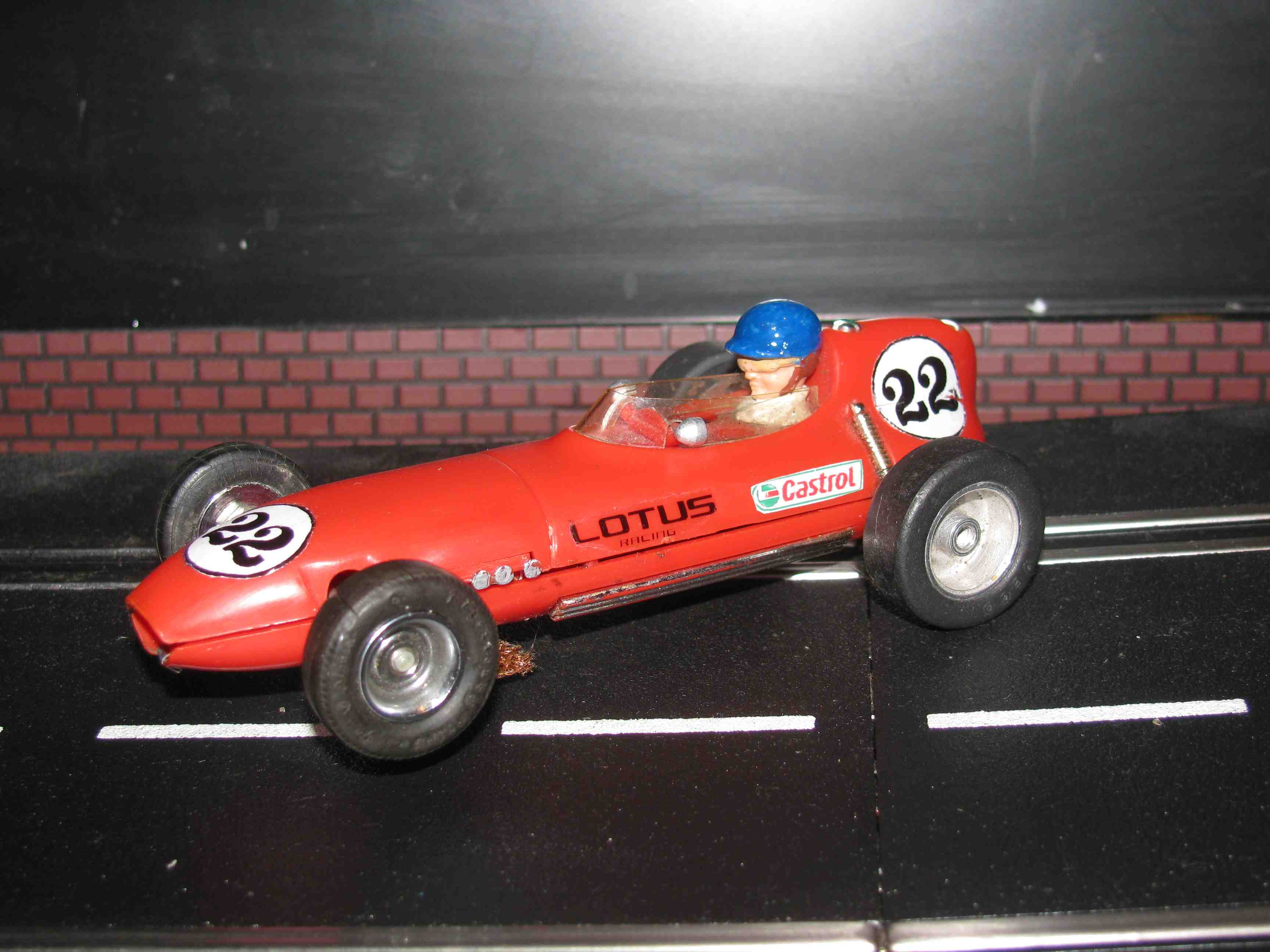 * SOLD * Vintage Scalextric Triang Lotus MM/C54 Slot Car 1/32 Scale – Red, Car 22