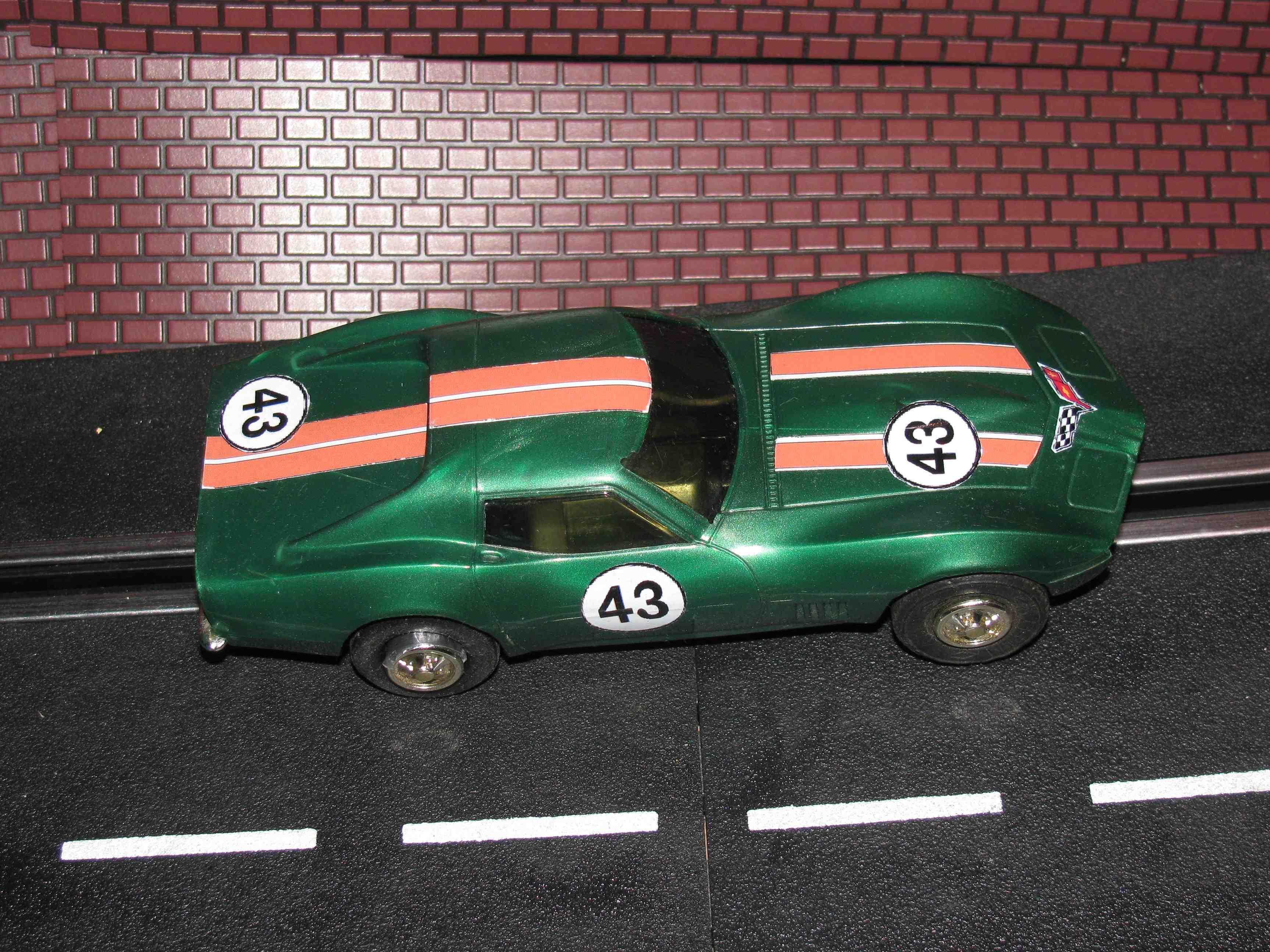 * SOLD * Eldon 1968 Corvette – Green Car 43 - #1432-11