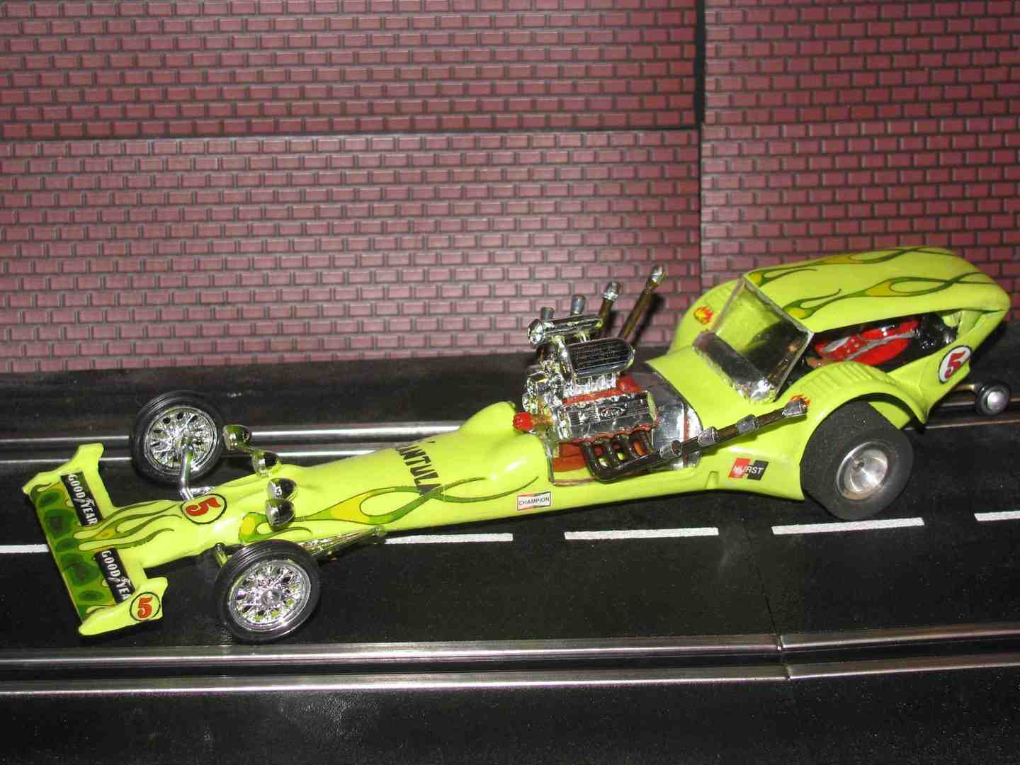 * SORRY YOU MISSED OUT ON THIS ONE - SOLD * Revell T'rantula NHRA Dragster - Slot Car - 1/24 Scale