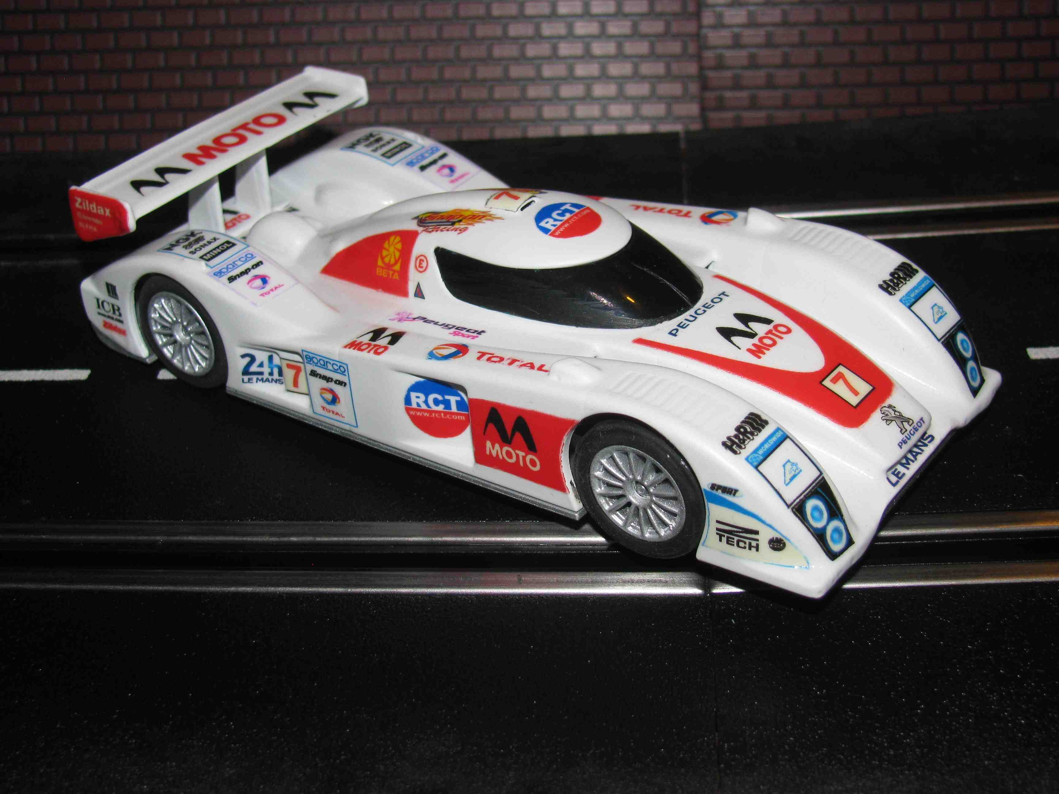 * SOLD * Hornby LeMans LMPT MOTO Slot Car Racer 1/32 Scale – Car 7 - (CUSTOM LIVERY)