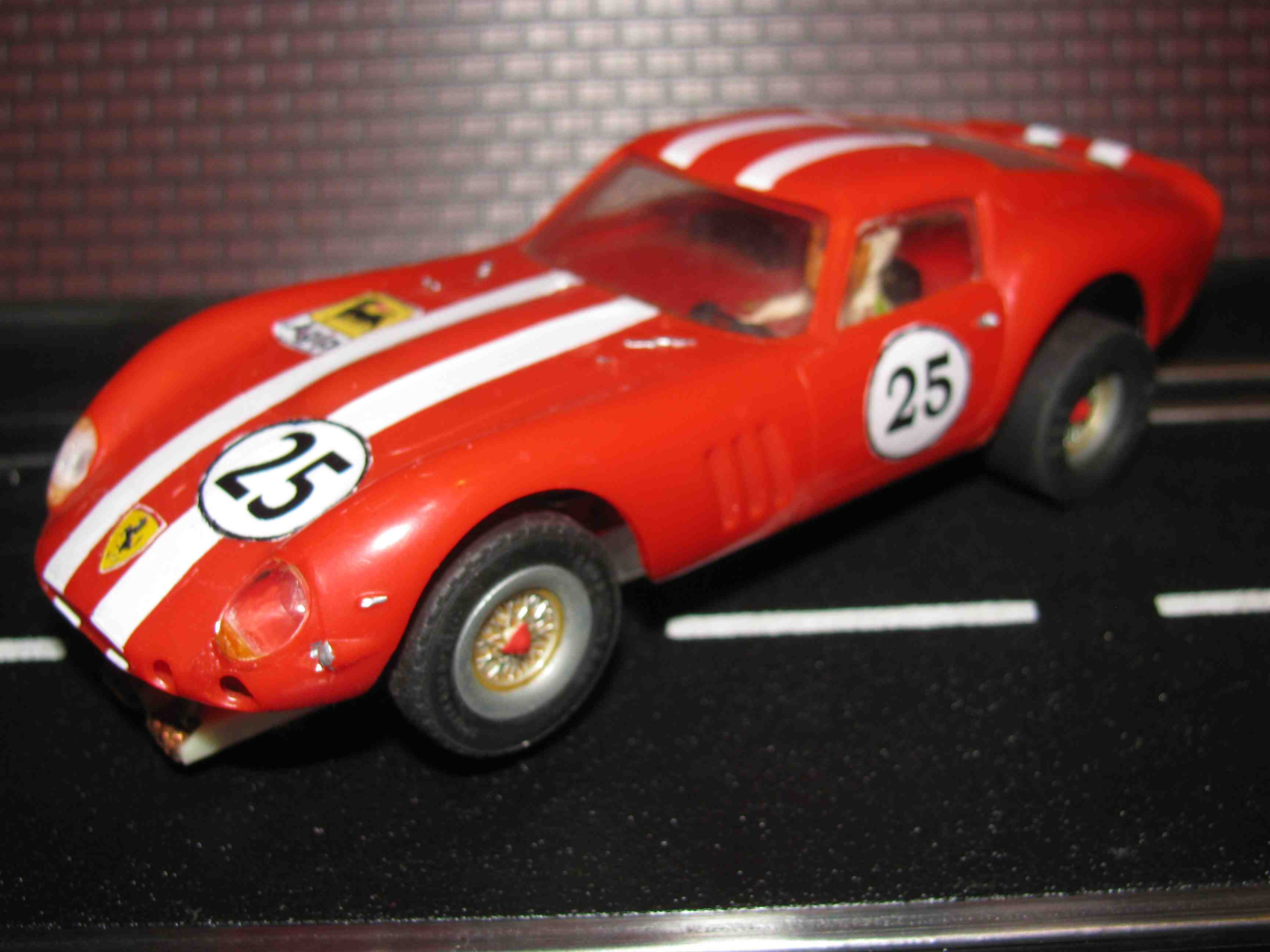 * SOLD * Revell 1962 Ferrari 250 GTO Slot Car 1/32 Scale, Red, Car 25