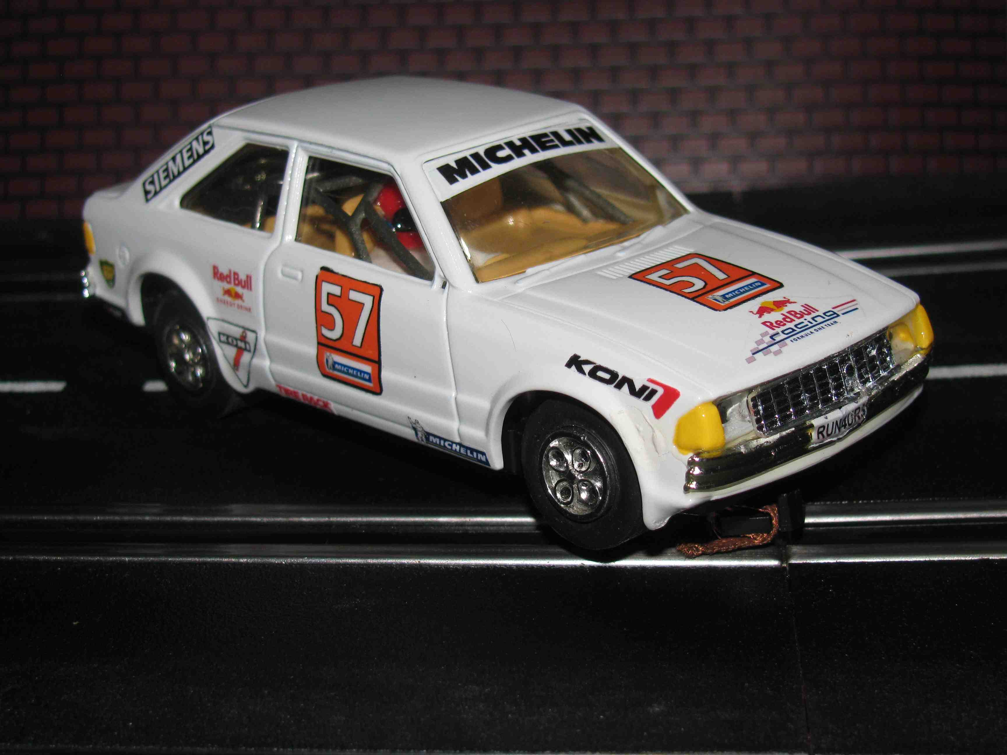 Scalextric - Ford Escort Xr4ti Rally Car - Made in Great Britain