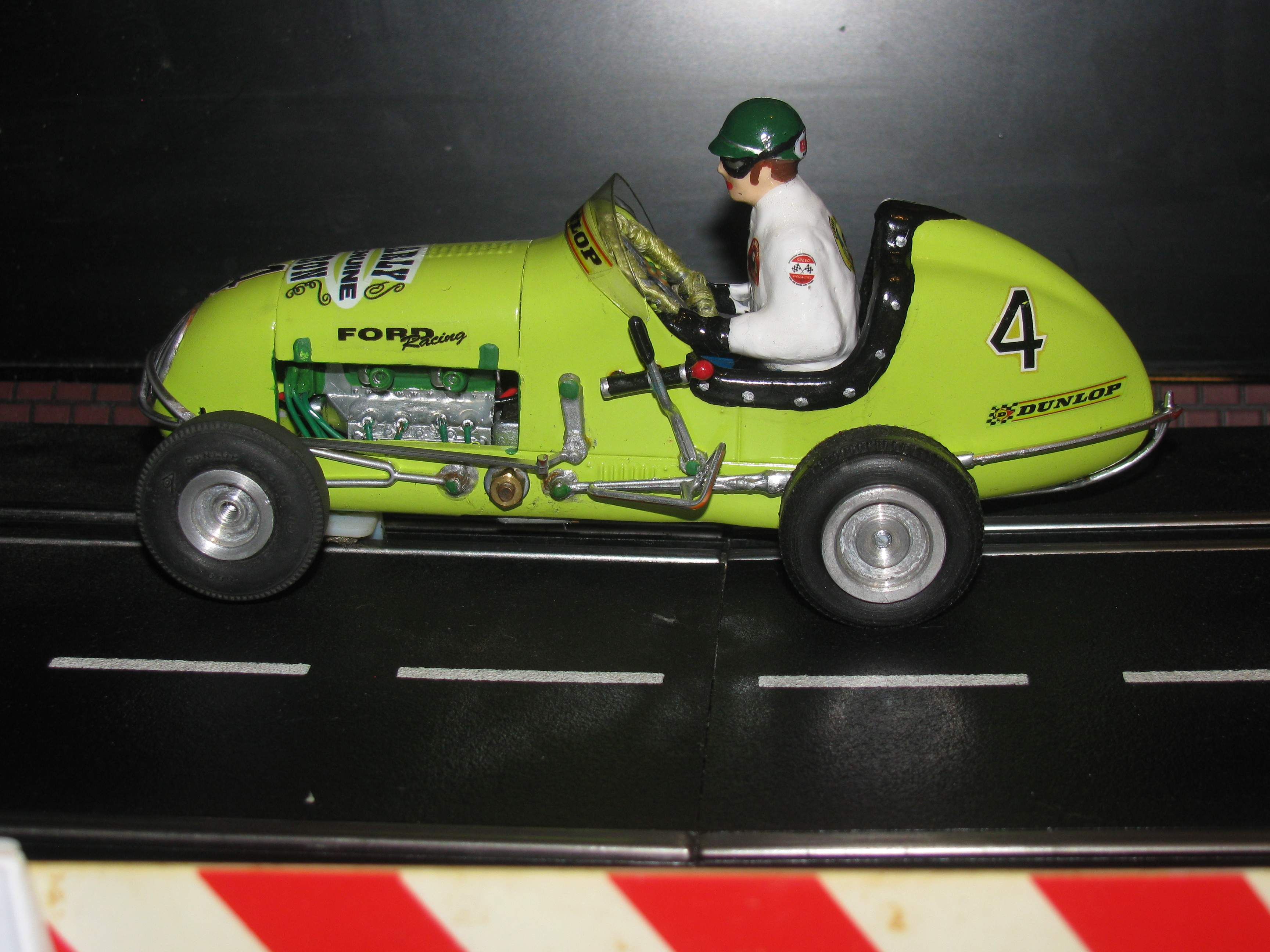 * SOLD * * SALE ENDS SUNDAY * Monogram Midget Racer KeyLime Yellow-Green Racing Special Car 4 1:24 Scale