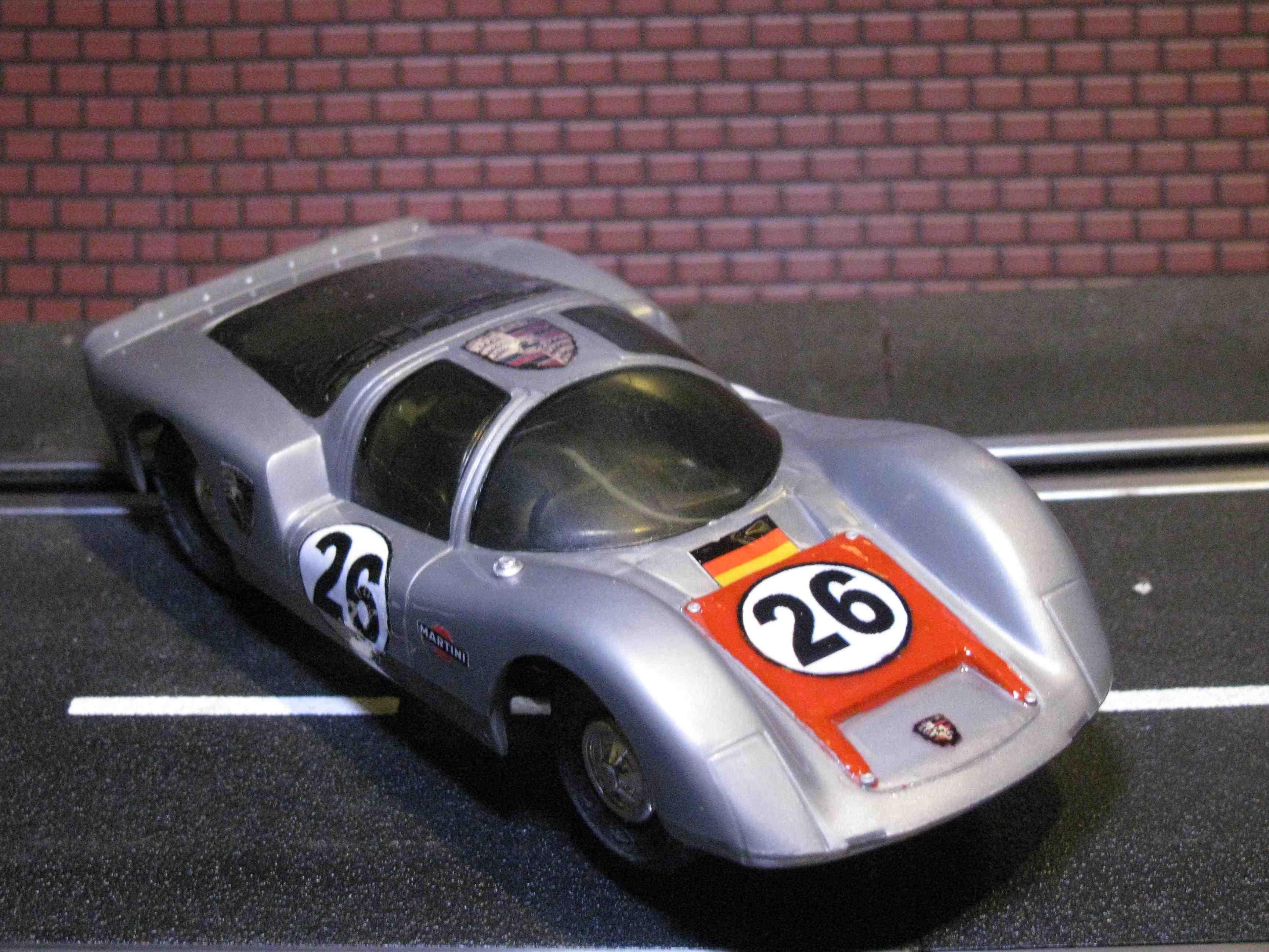 * SOLD * Eldon 1966 Porsche Carrera 6 Slot Car – Silver – Car #26 – 1/32 Scale