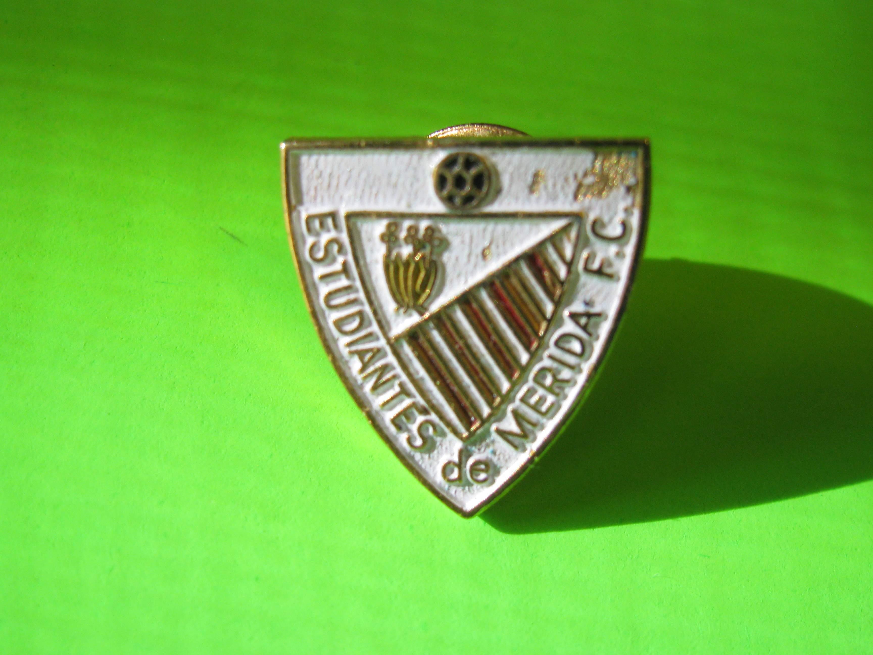 ESTUDIANTES de MERIDA F.C. Venezuela Soccer Shield Pin with Butterfly Clutch