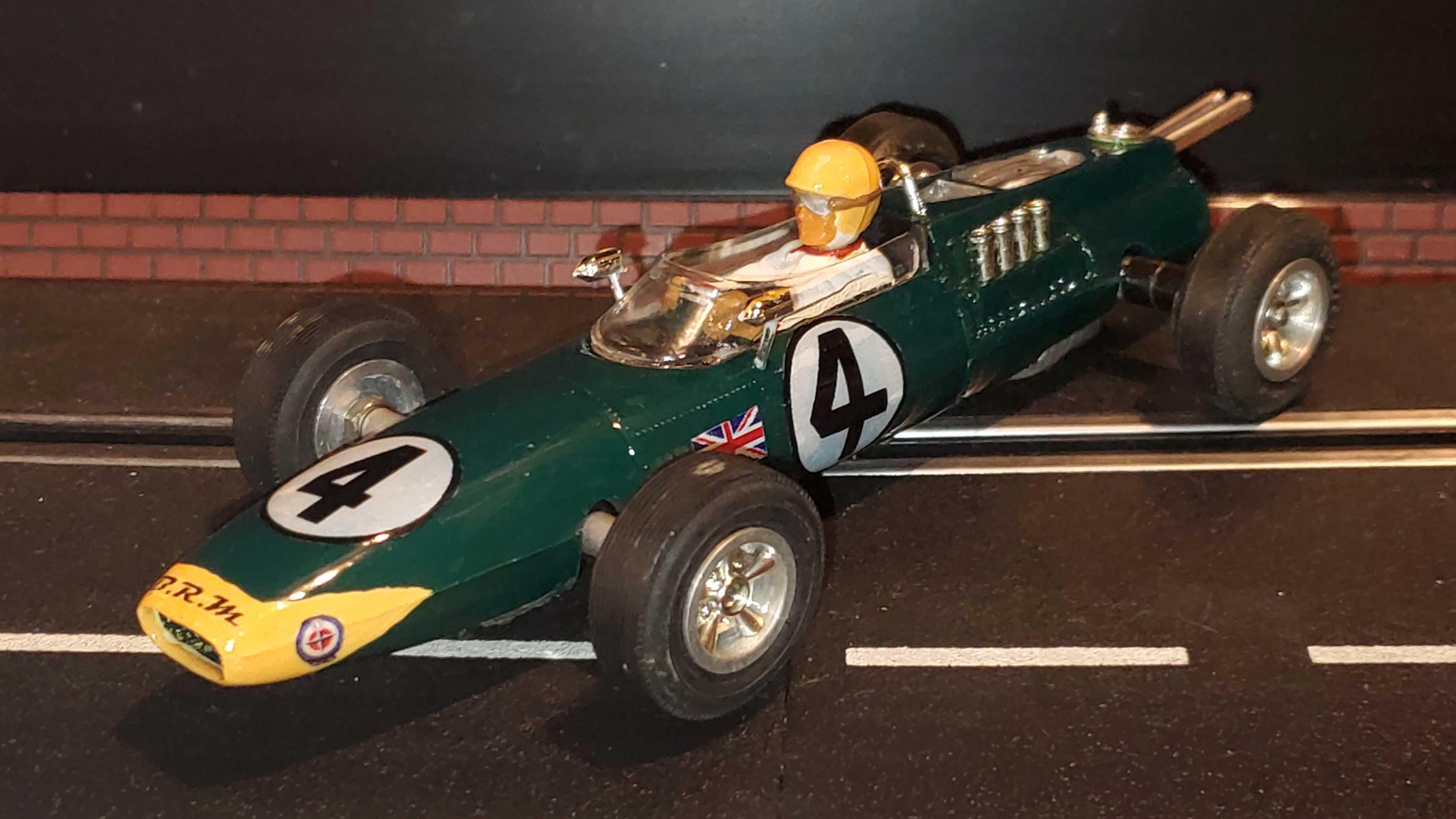 * SALE * ELDON BRM Formula 1 Racer 1:24 Scale Concours Collection Car #4
