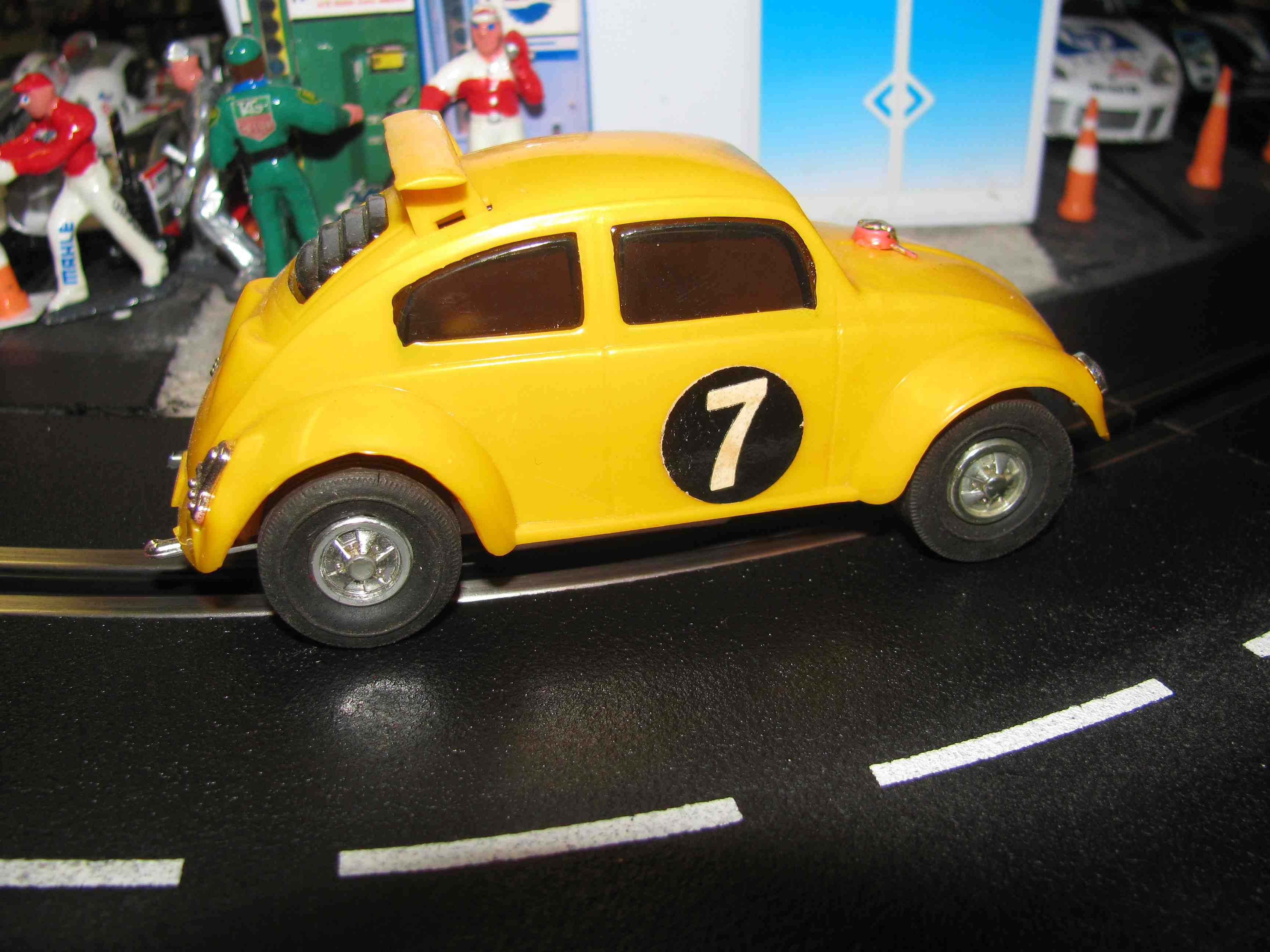 Eldon Volkswagen super beetle Racer Slot Car 1/32 Scale, Yellow, Car 7