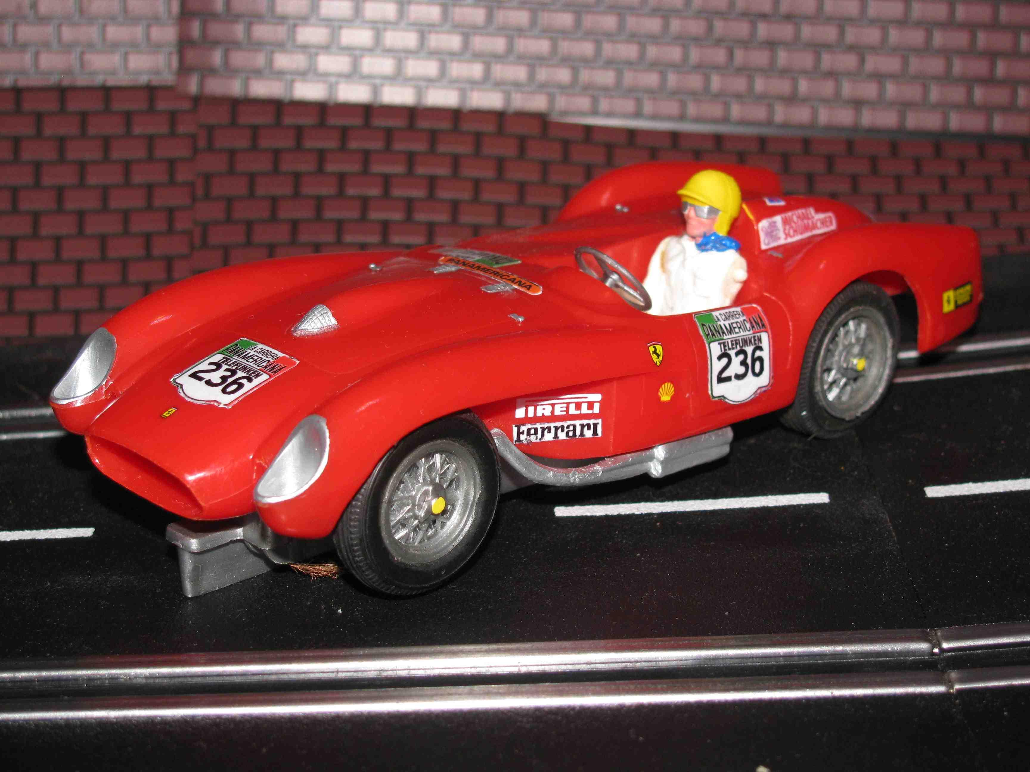 * SOLD * REVELL ORIGINAL FERRARI 250TR Testarossa Red - Car 236