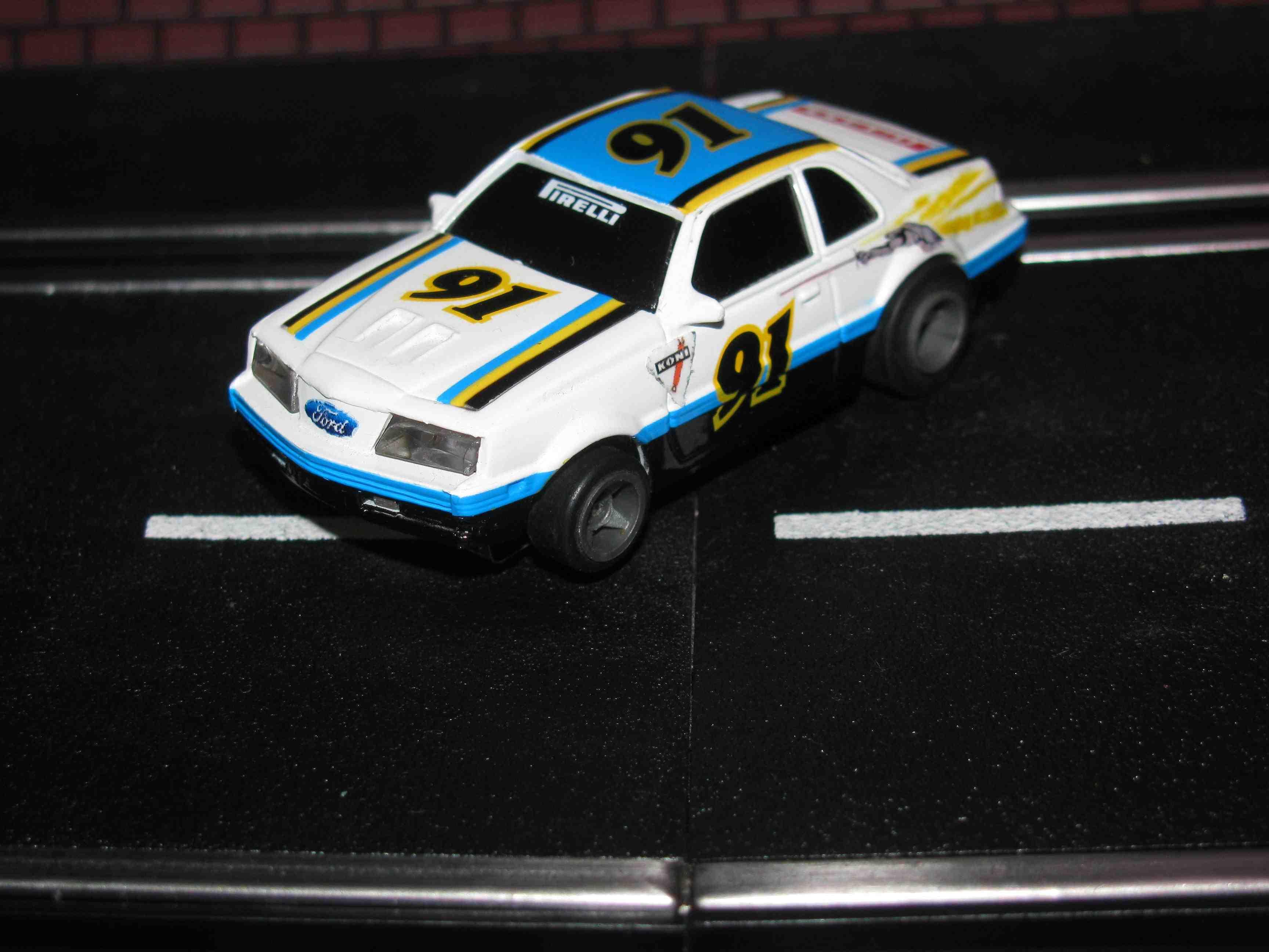 TYCO FORD Thunderbird SC - HO Slot Car – White - Car#91 – W/Lights