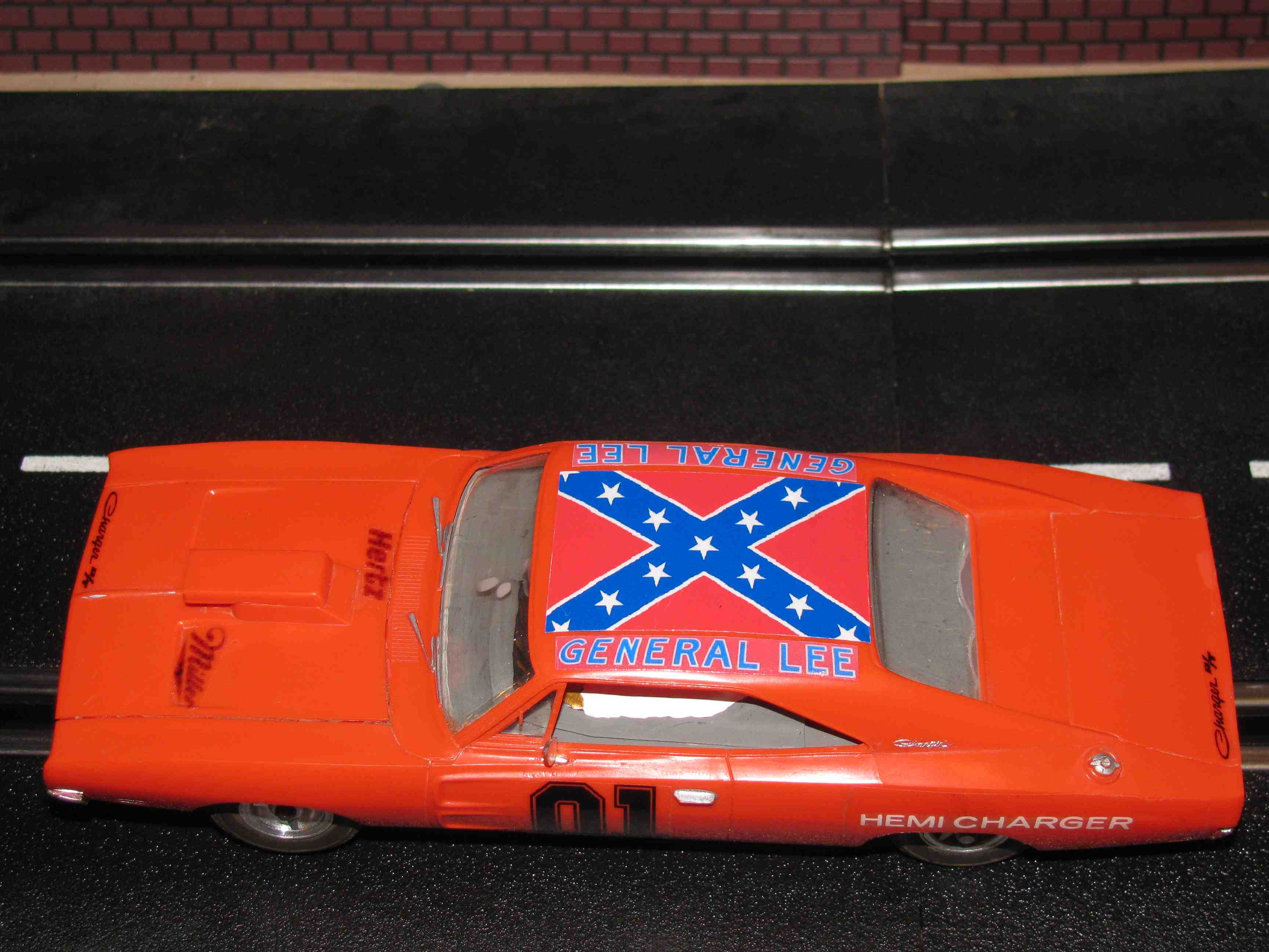 * SOLD * 1969 Dodge Charger R/T – General Lee - Slot Car 1/32 Scale