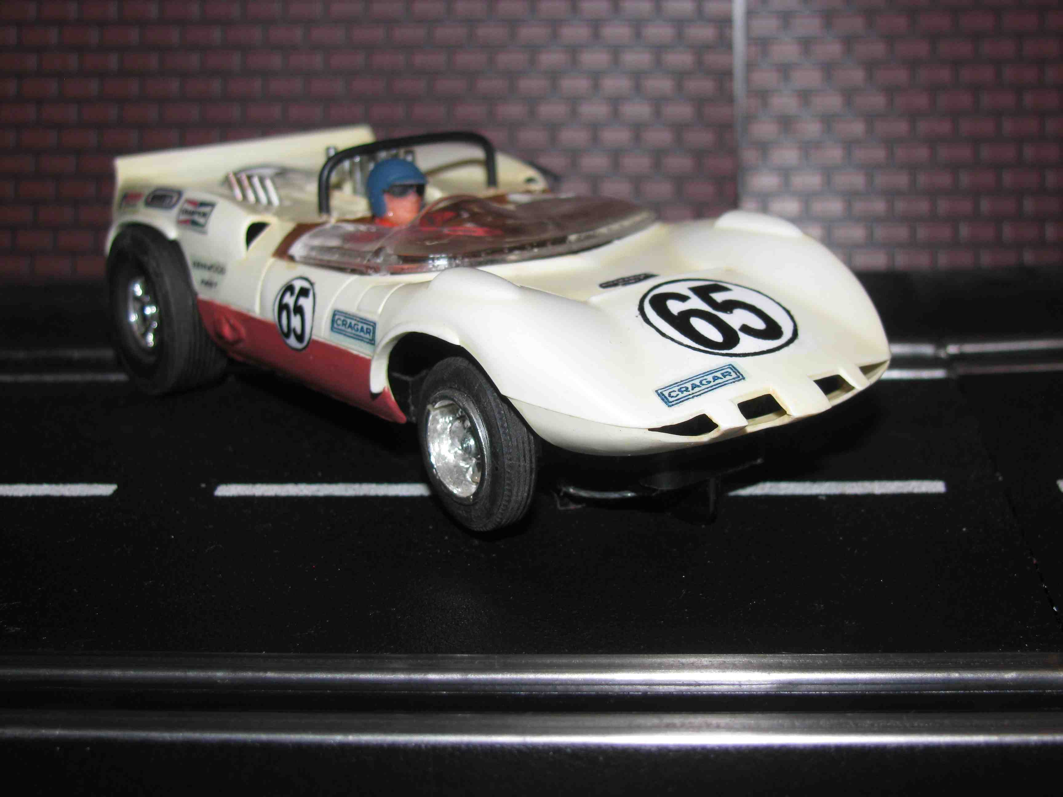 *** SOLD *** Strombecker Chaparral 2D Slot Car 1/32 Scale in Two Tone White/Burgundy – Car 65