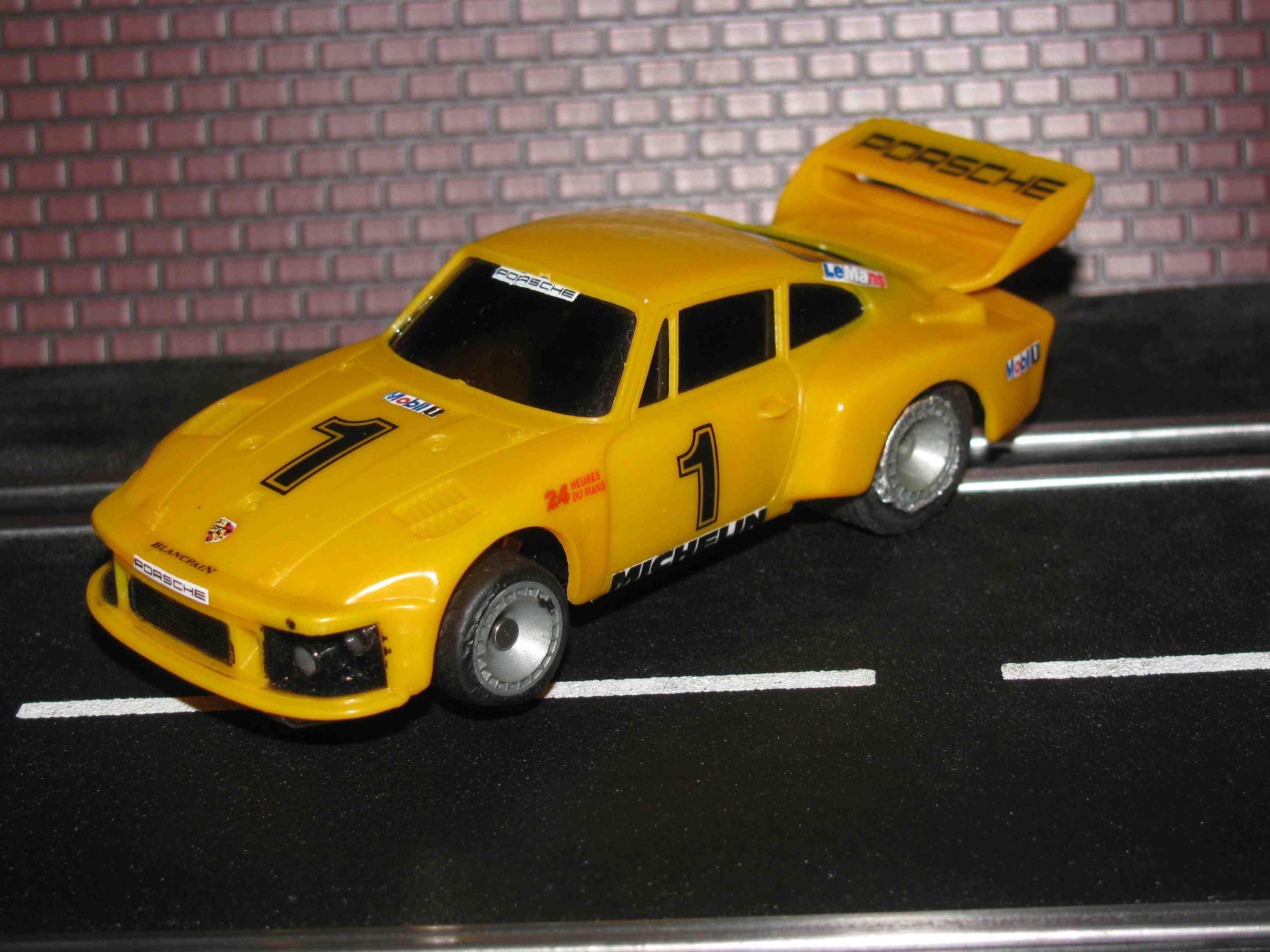 SuperTrax Bachmann Porsche 935 Slot Car 1/32 Scale Bachmann