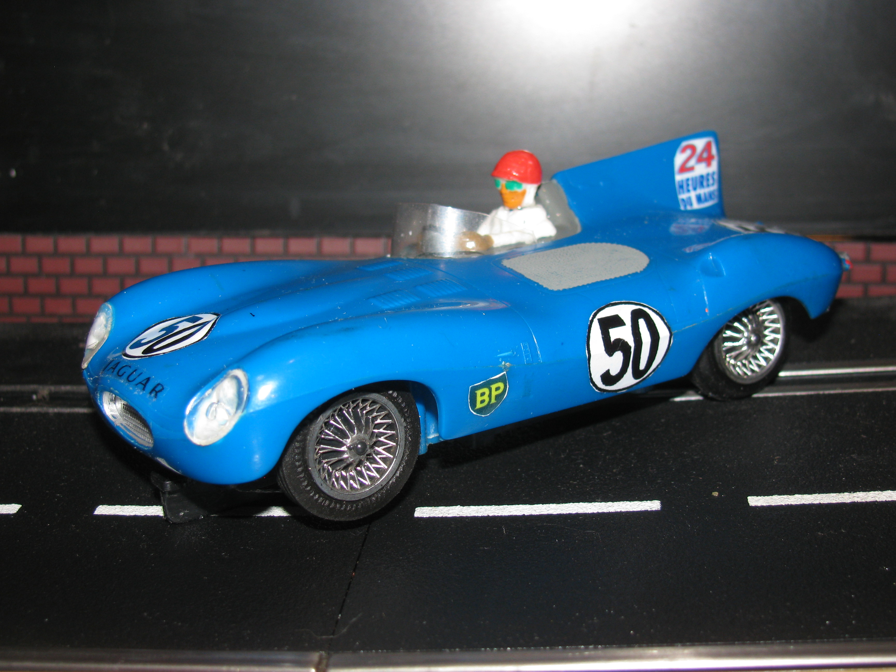 * SOLD * Vintage Eldon Jaguar D-Type Slot Car 1/32 Scale – Blue Car #50