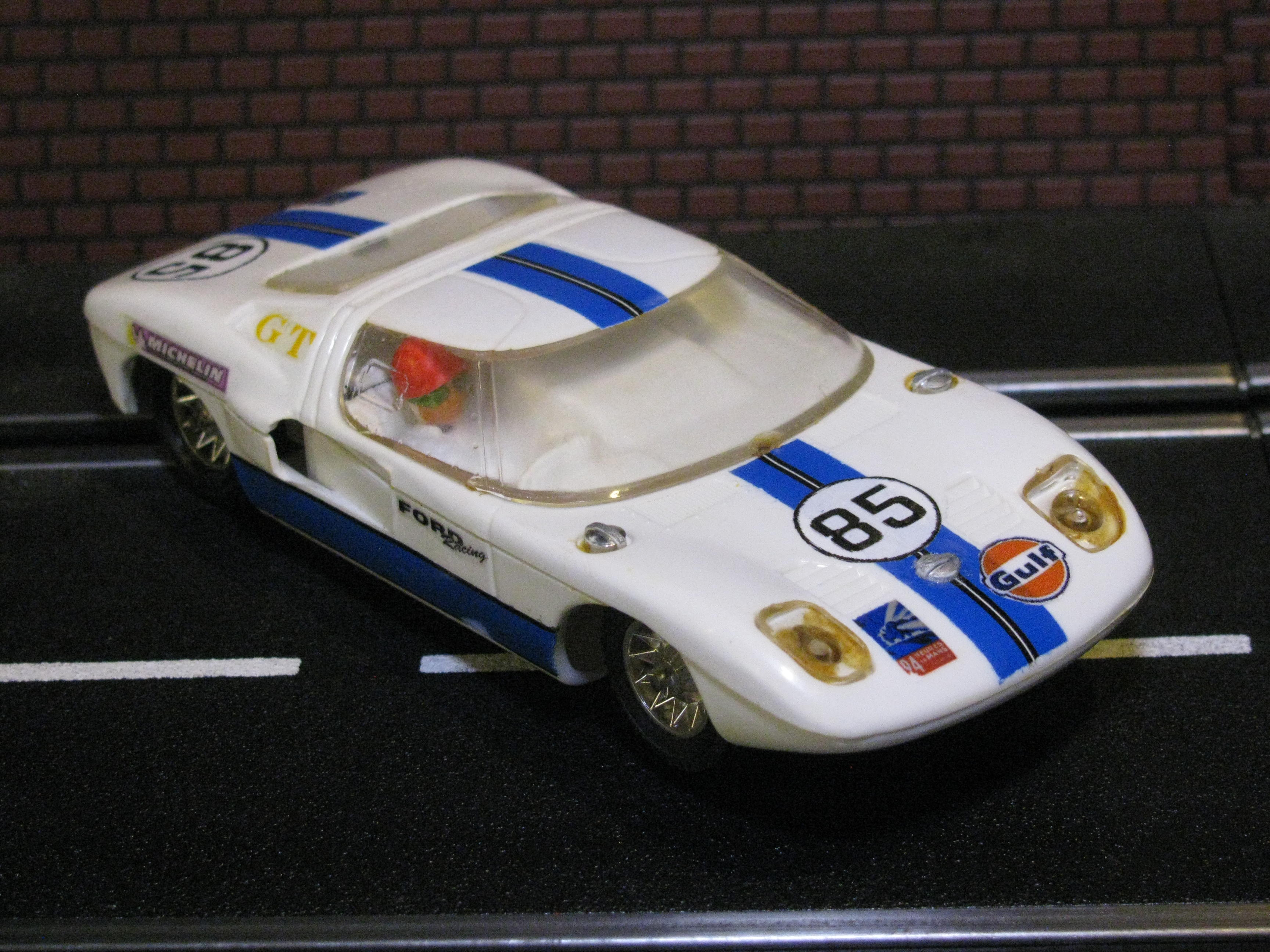 * SOLD * Strombecker FORD GT - White - Car 85 - 1/32 Scale