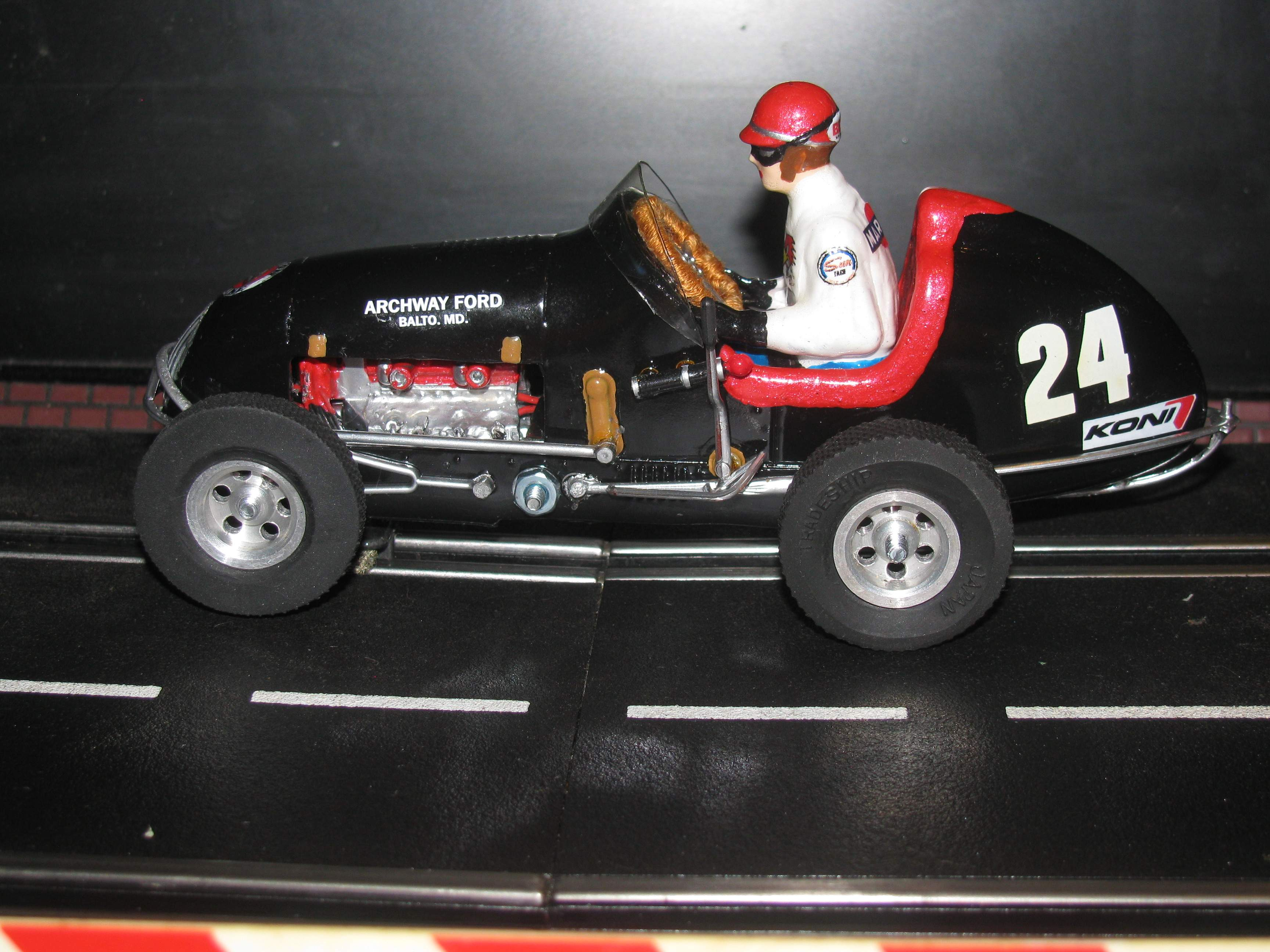 * SOLD * * SALE ENDS SUNDAY * Monogram Midget Racer Midnight Express MkII Racing Special Slot Car 24