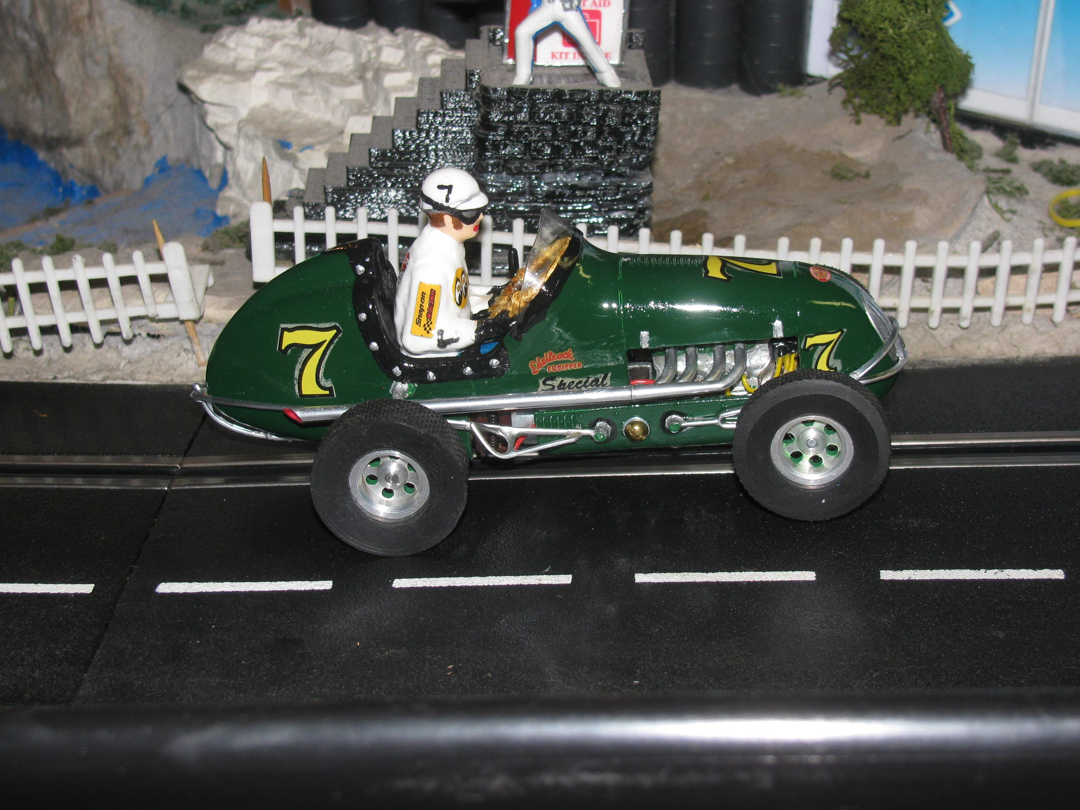 * SOLD * * SALE FOR CHARLES E. ONLY * Monogram Midget Racer Emerald Arrow Special 7 Slot Car 1/24 Scale