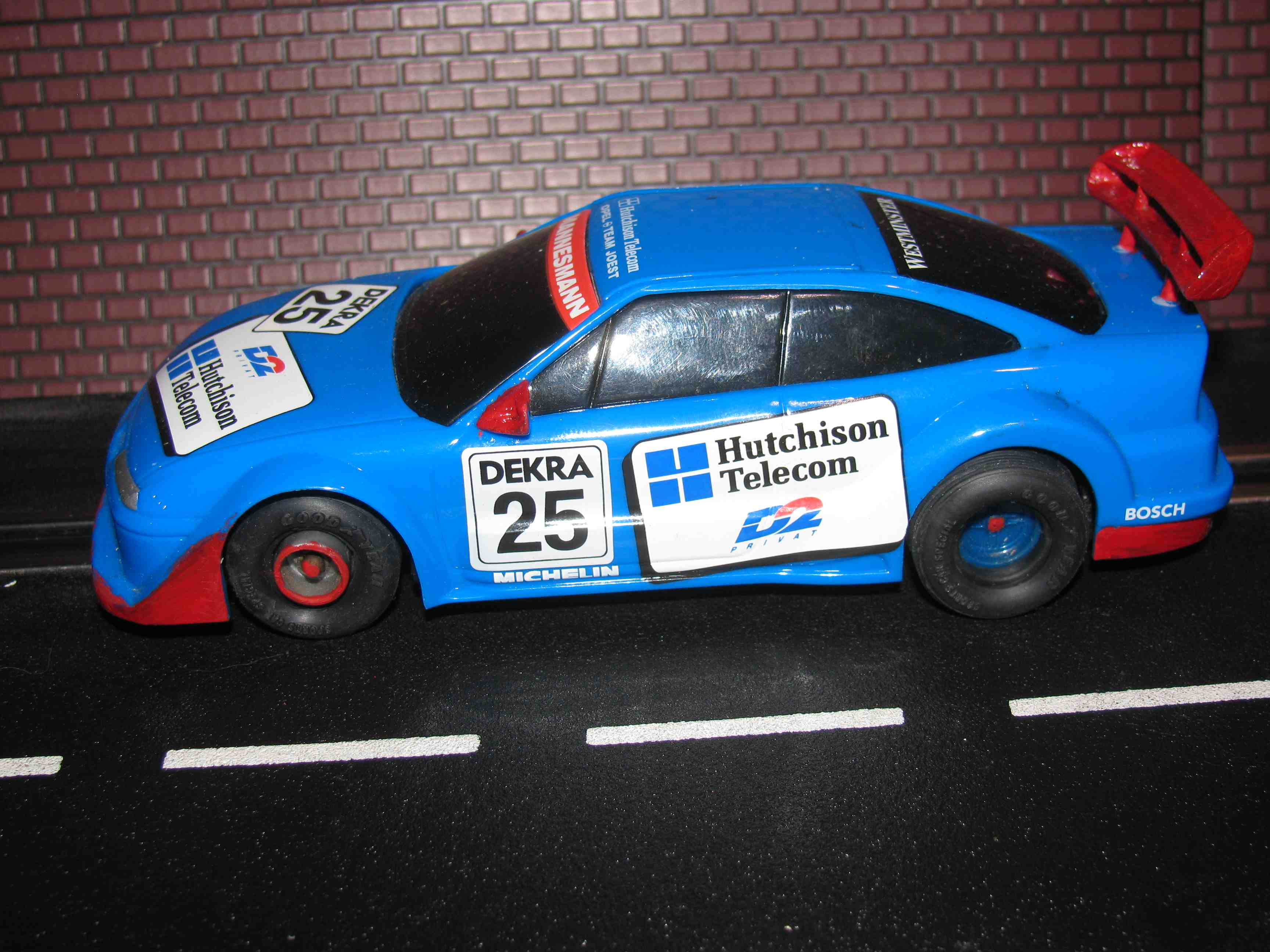 * SOLD * Hornby/SCX D2 OPEL Team Joest DEKRA Racer Slot Car 1/32 Scale, Blue, Car 25