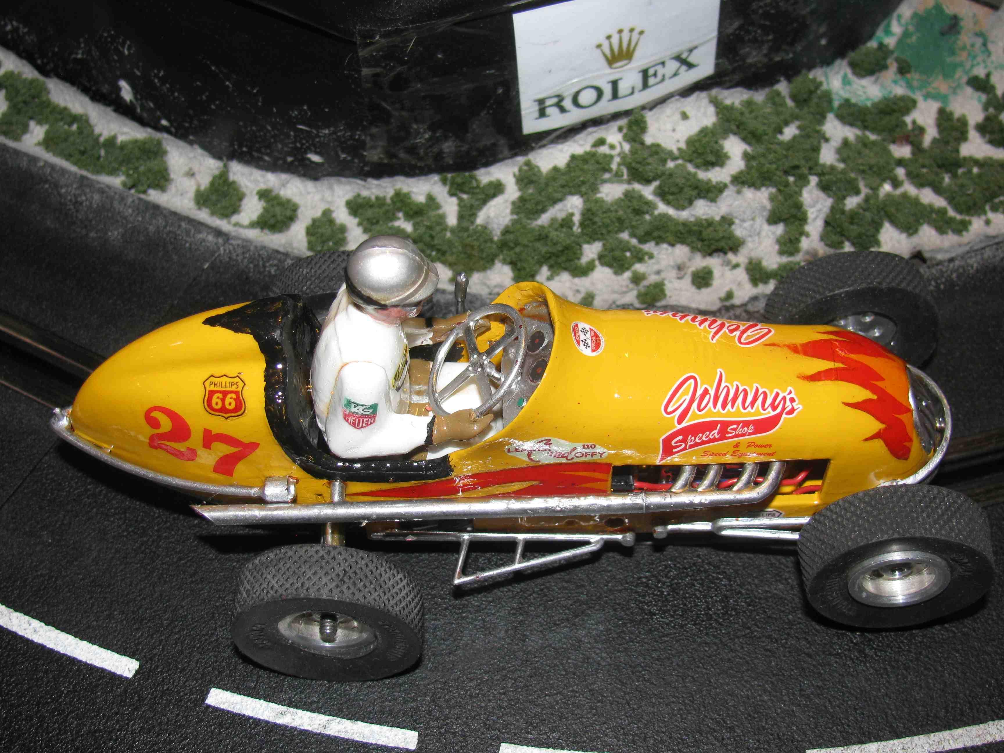 """* SOLD * Vintage Monogram Midget Racer """"Johnny's Speed Shop"""" Slot Car 1/24 Scale Car #27"""