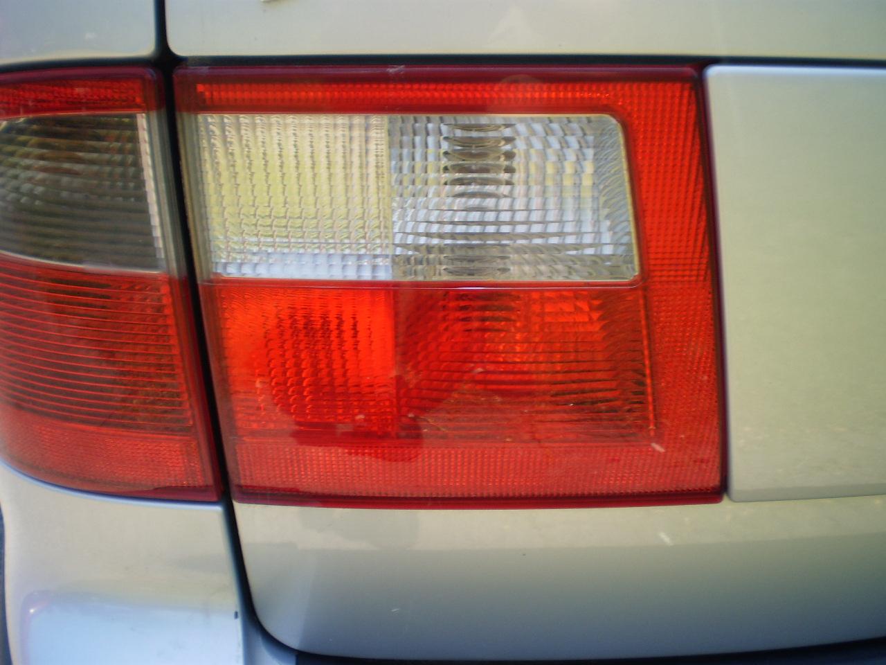 Driver Side Trunk Light 2003 SAAB 9-5 Wagon