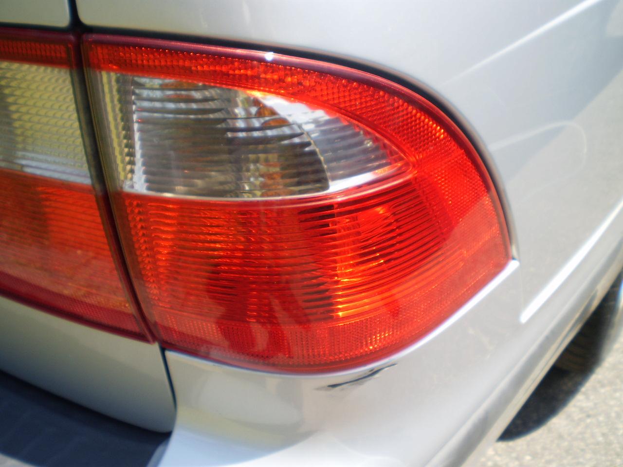 Passenger Side Tail Light 2003 SAAB 9-5 Wagon