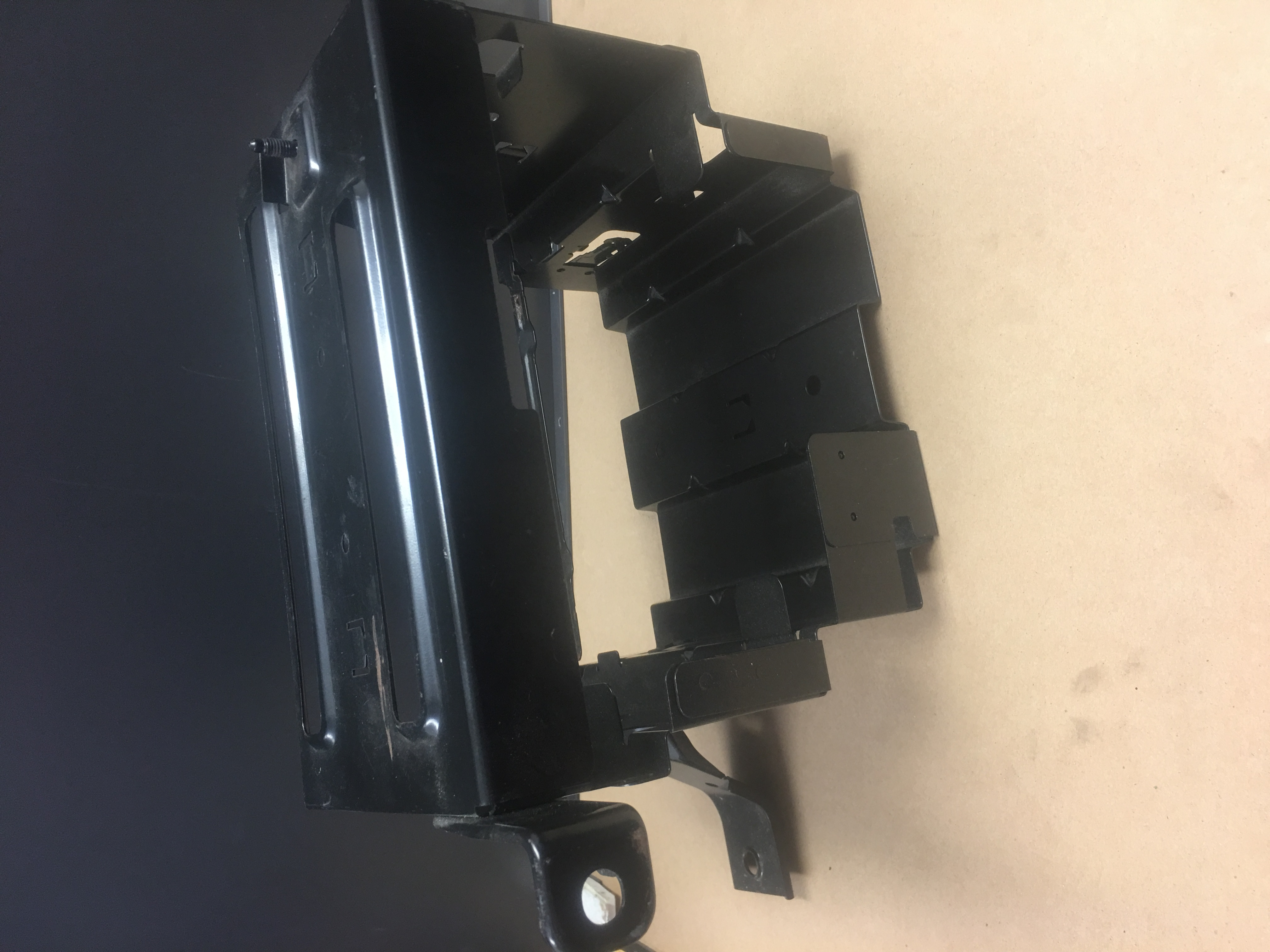 2003-2006 SAAB 9-3 REAR AMP BRACKET IMAGE [A] [9]