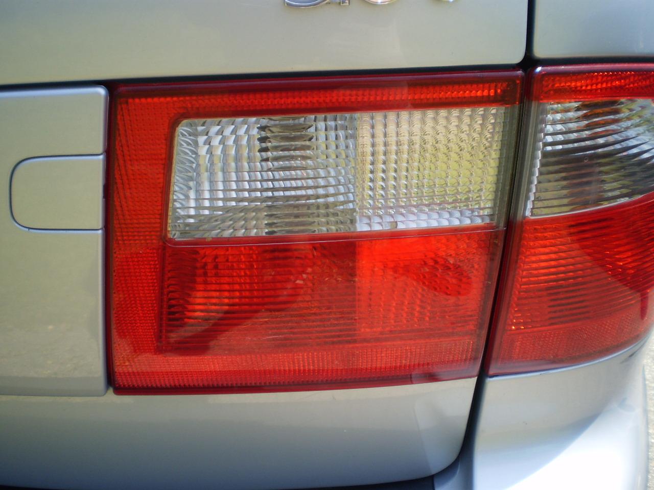 Passenger Side Trunk Light 2003 SAAB 9-5 Wagon