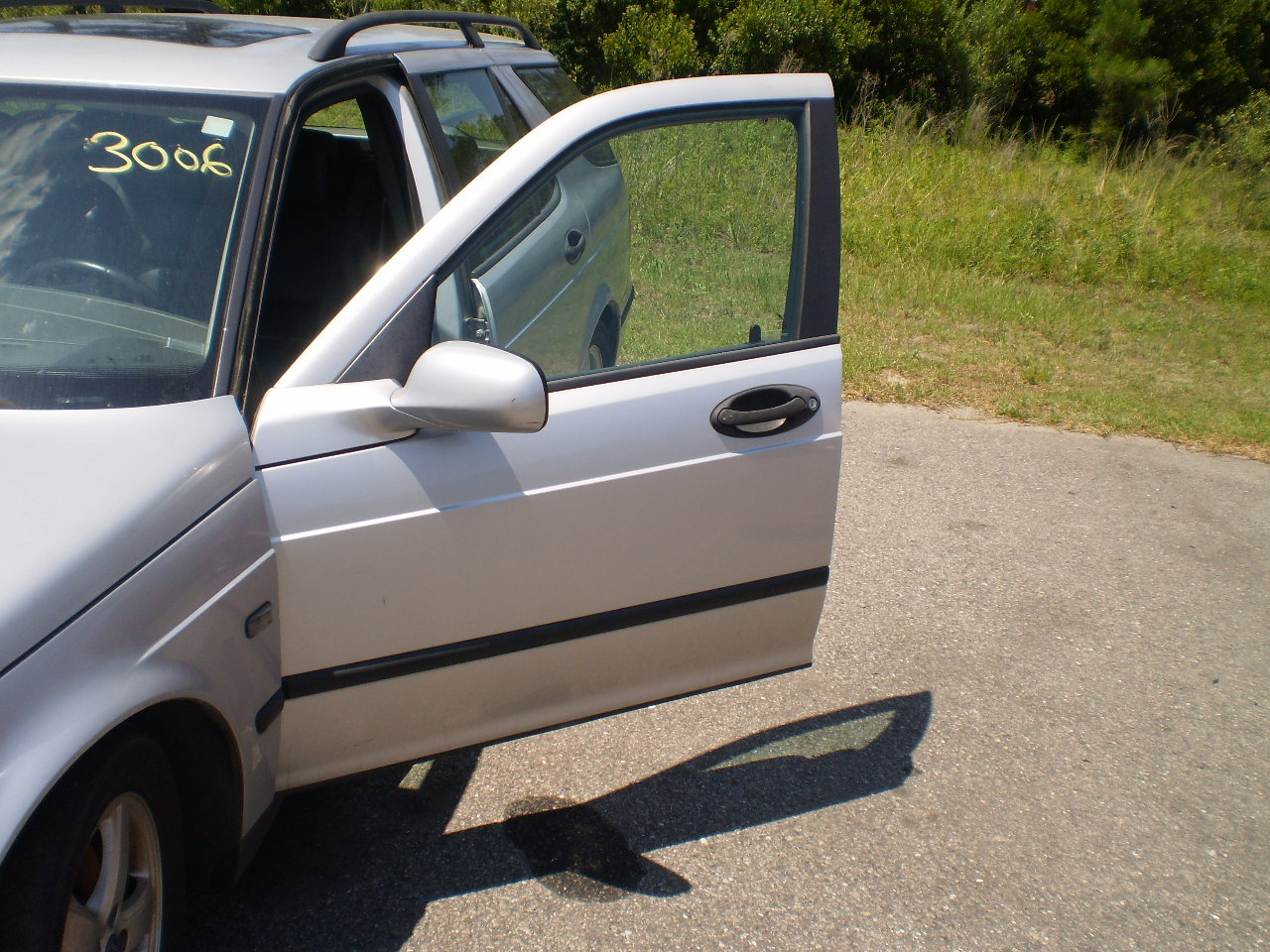 Driver Side Front Door 2003 SAAB 9-5 Wagon