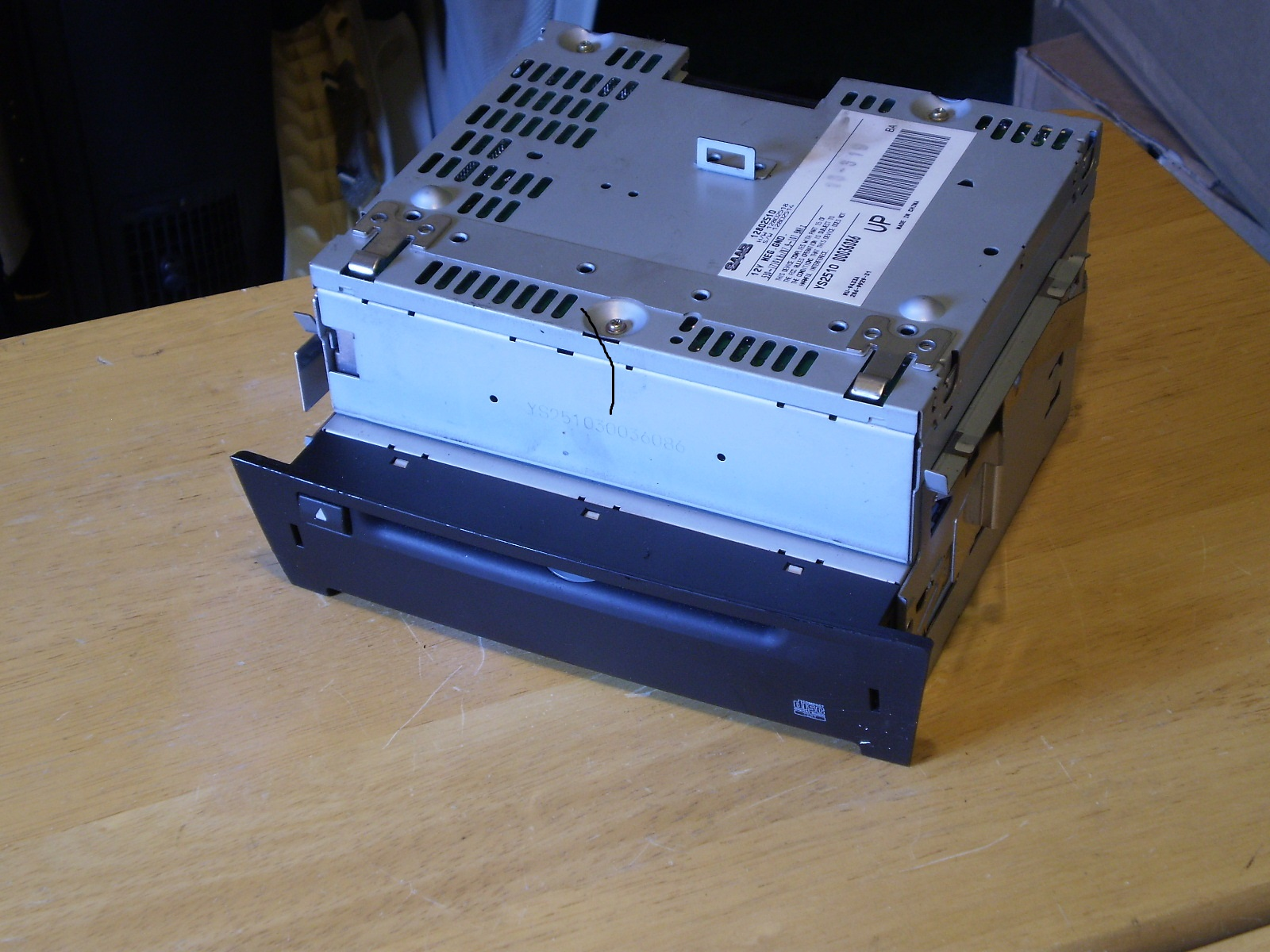 03-06 SAAB SINGLE DISC CD PLAYER IMAGE [A] [1,2]
