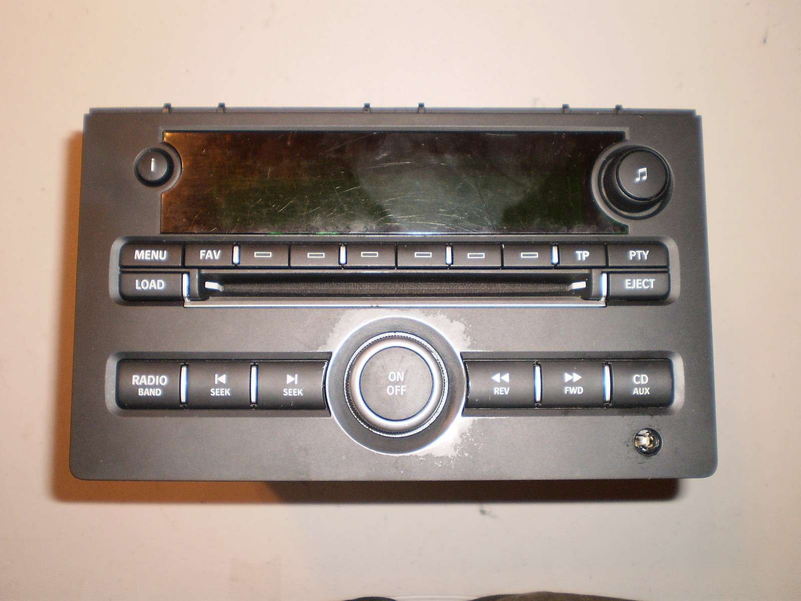 2007-11 SAAB RADIO/CD PLAYER
