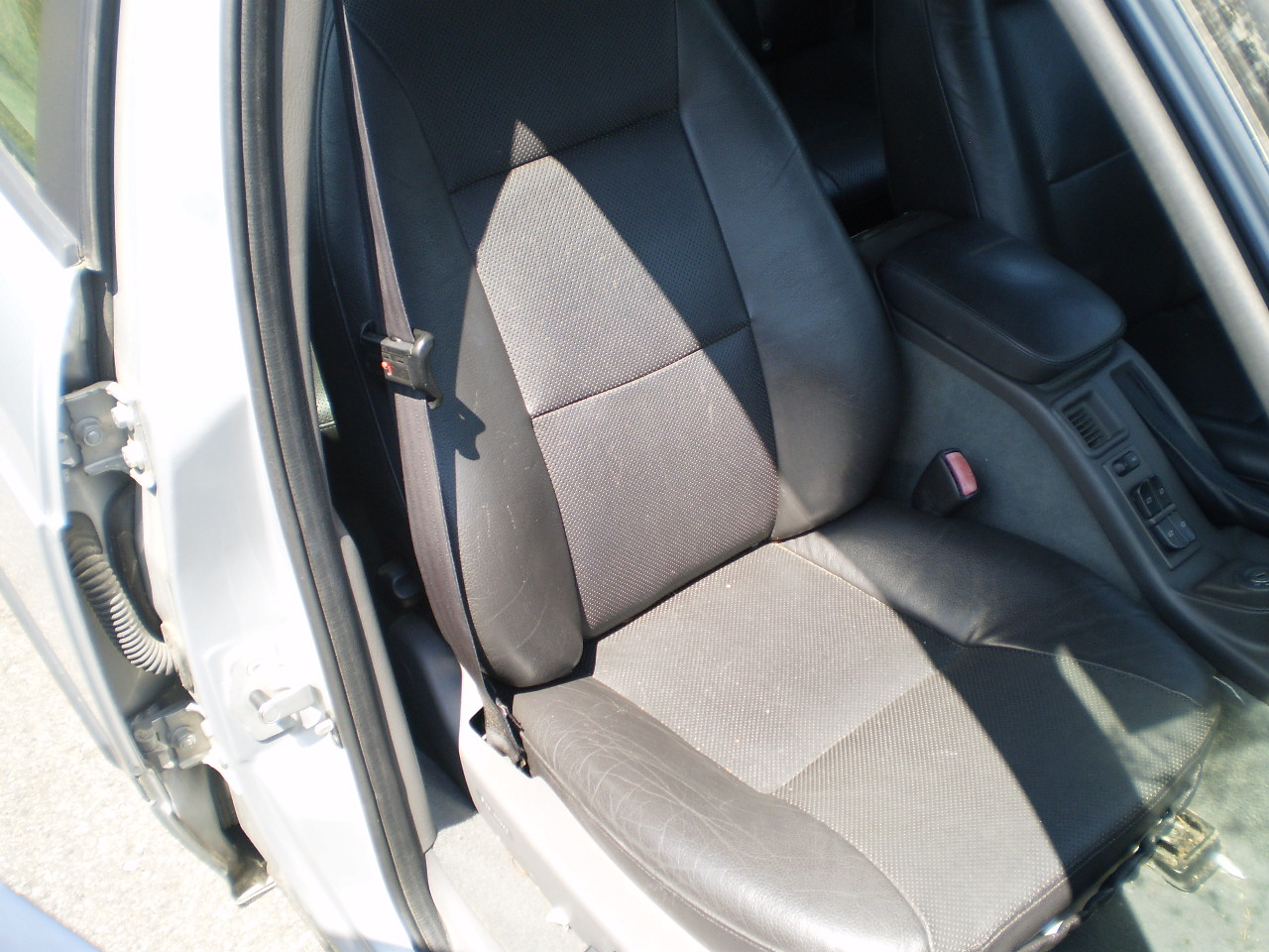 Passenger Side Seat 2003 SAAB 9-5 Wagon