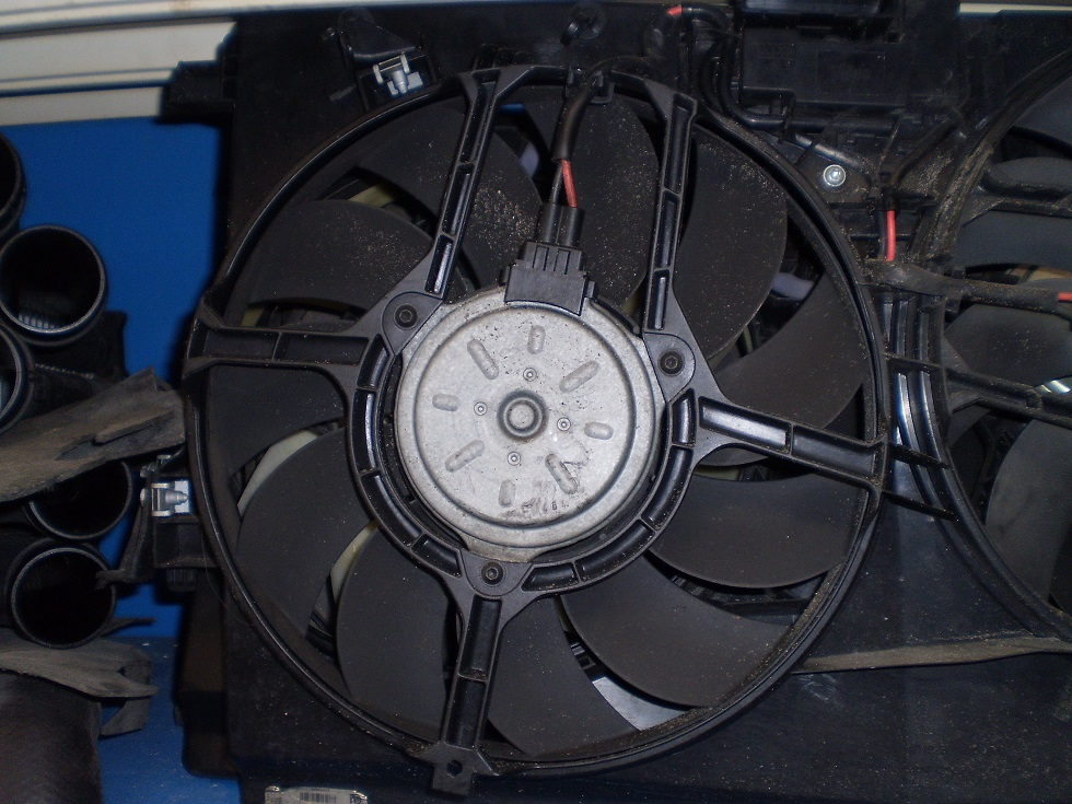 2003-11 SAAB 9-3 2.0T SINGLE FAN