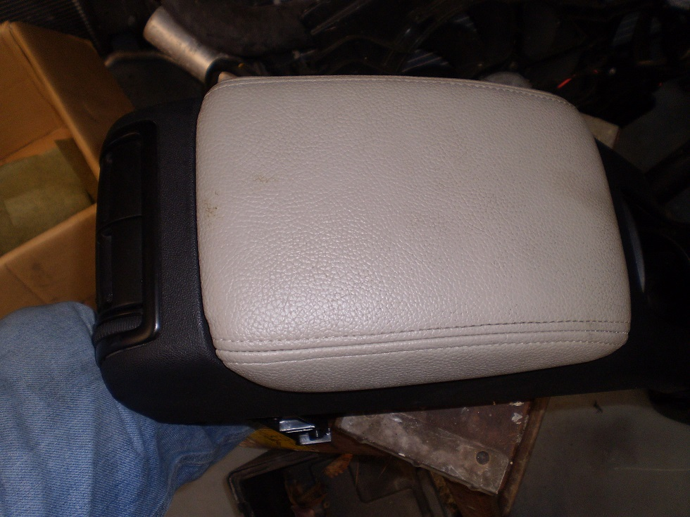 2003-11 saab 9-3 Arm Rest Beige