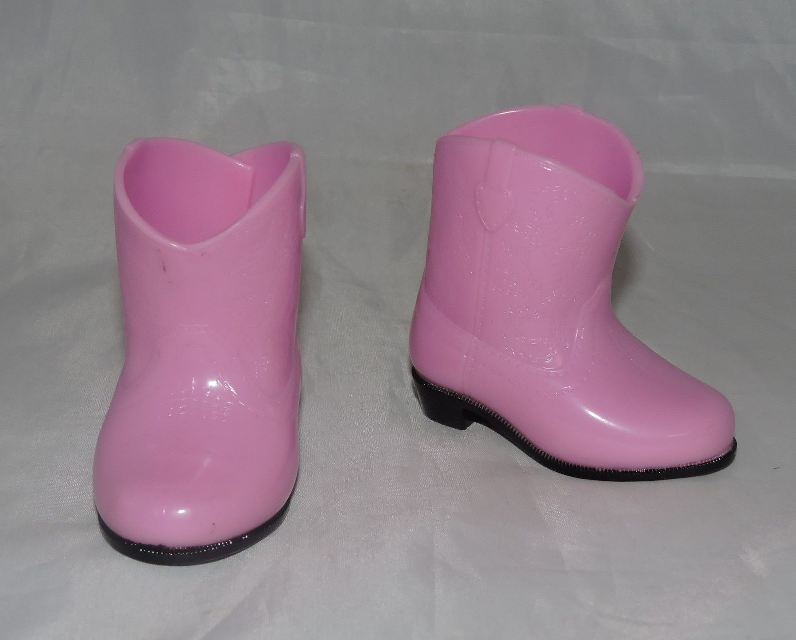 pink cowgirl/cowboy boots