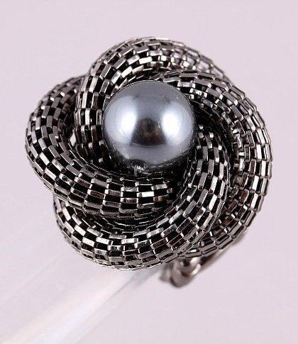 MESH CHAIN & PEARL FLOWER STRETCH RING