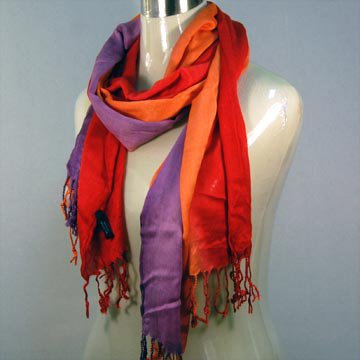 TRI-COLORED OMBRE CRINKLE COTTON SCARF