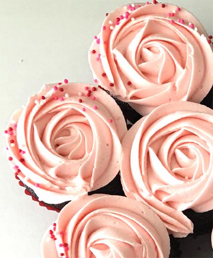 LARGE PULL-APART CAKE